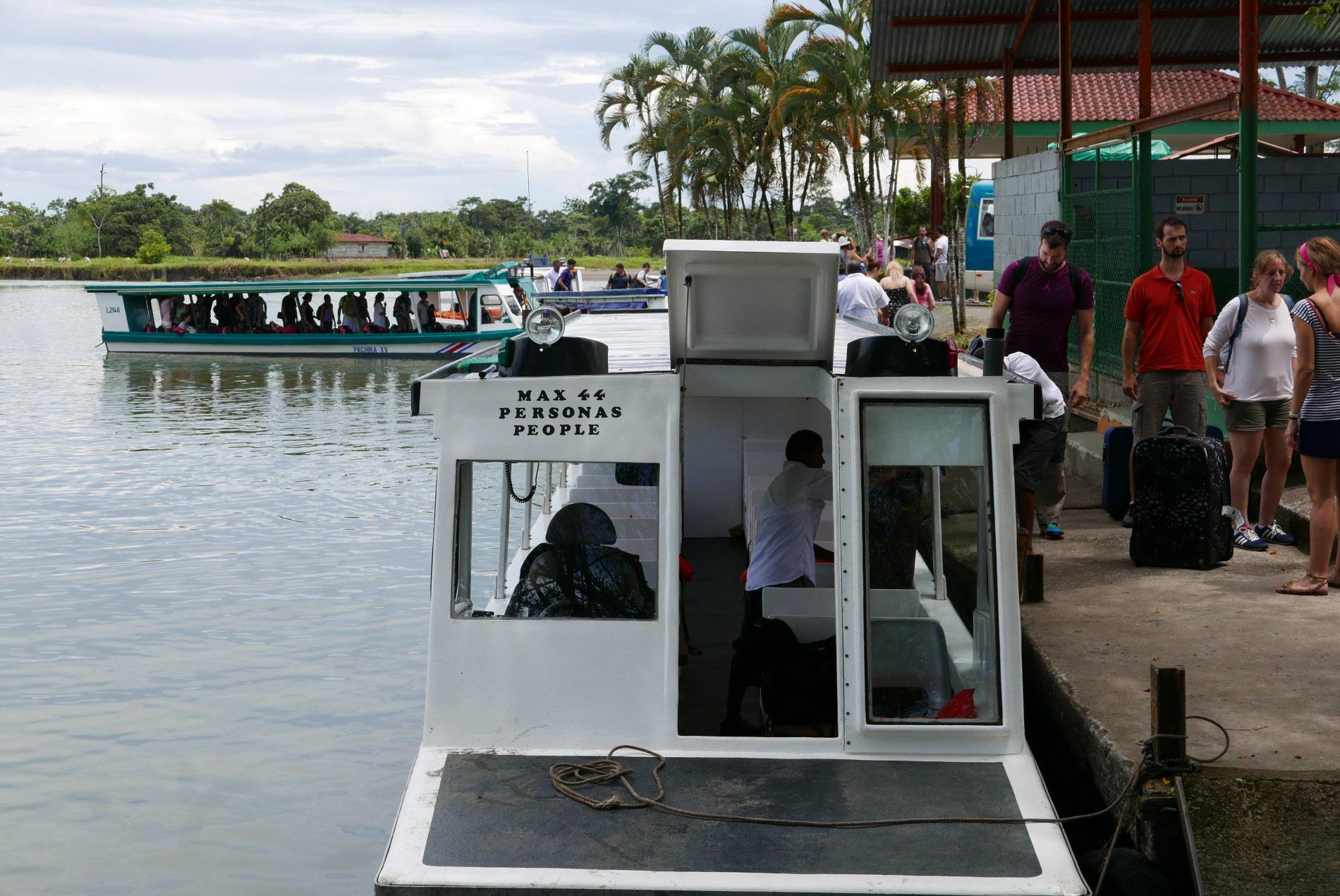Em Caño Blanco teve início o percurso fluvial de 90 minutos até Tortuguero