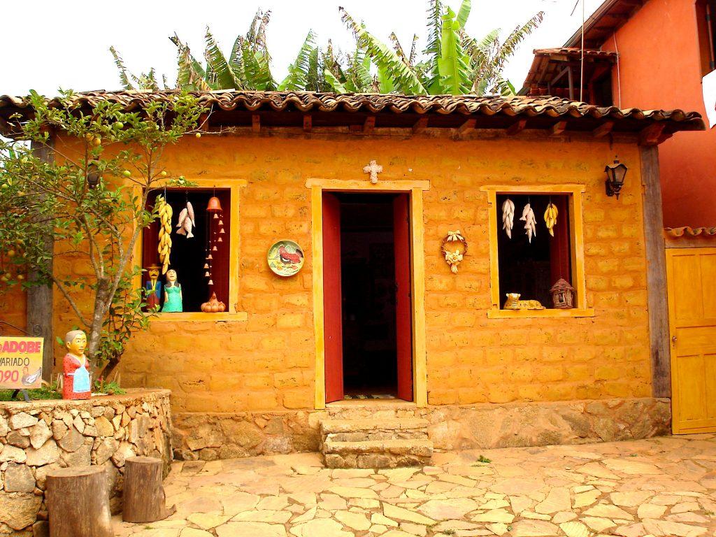 Lojinha de artesanato em Bichinhos (MG)
