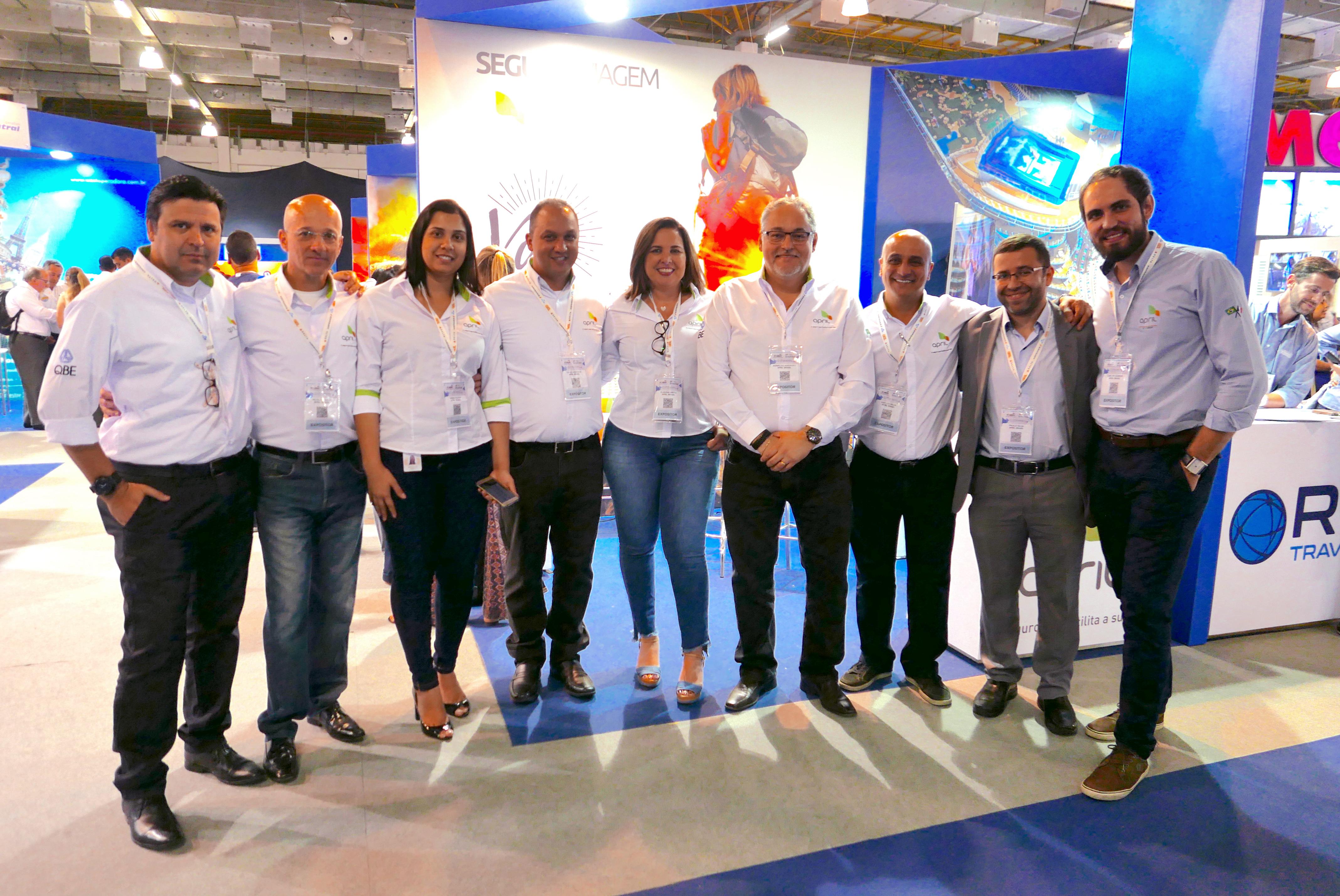 Agnaldo Abrahão, diretor, e os profissionais da April Brasil, sempre presentes nos grandes eventos
