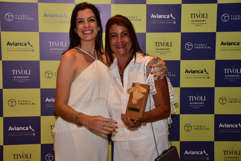 Rose Franchini, da Orinter Tour & Travel, com Daniella Azevedo