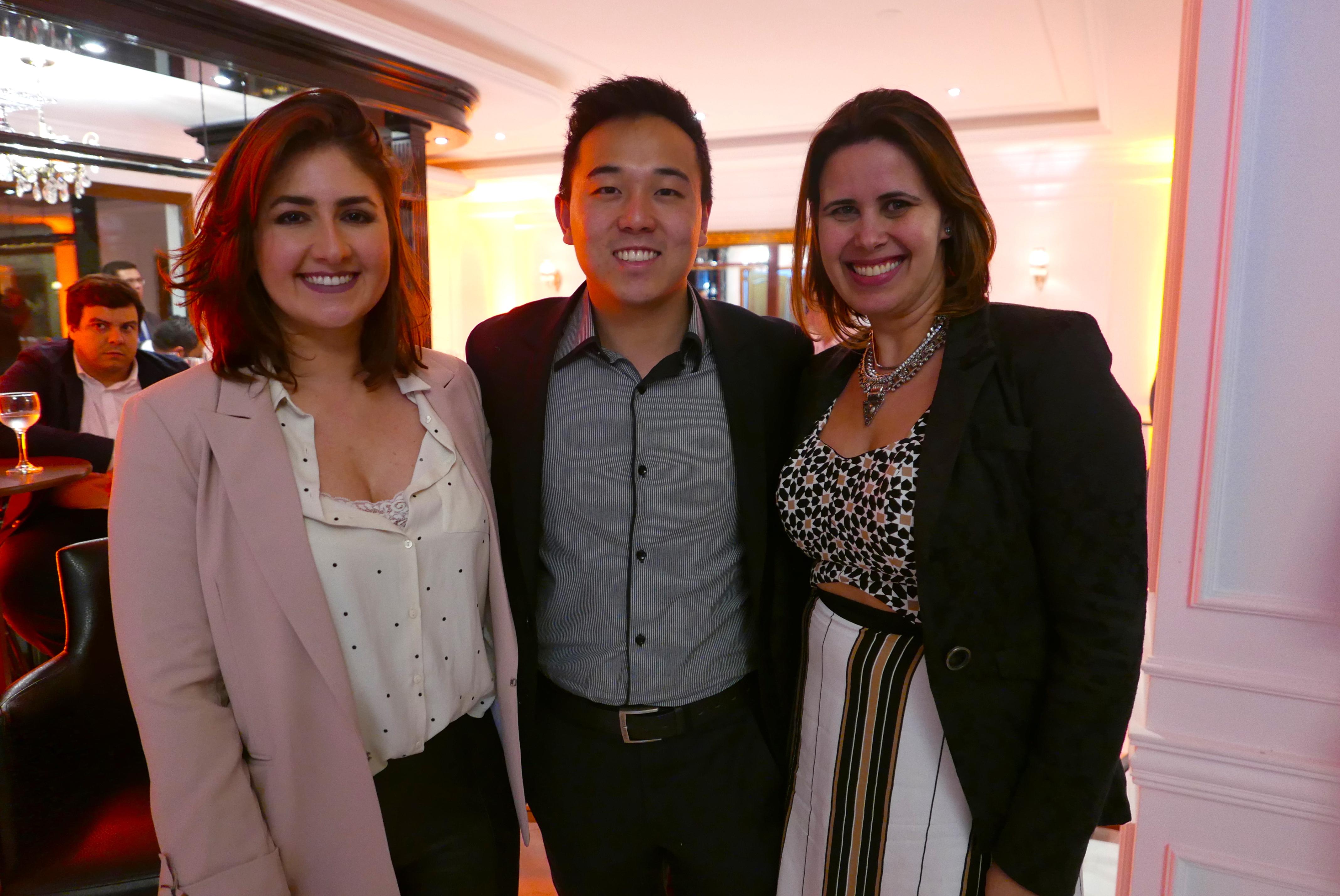 Ana Luiza Kunz, Luis Dyundi, e Cristiane Mors, da Laghetto Hotéis
