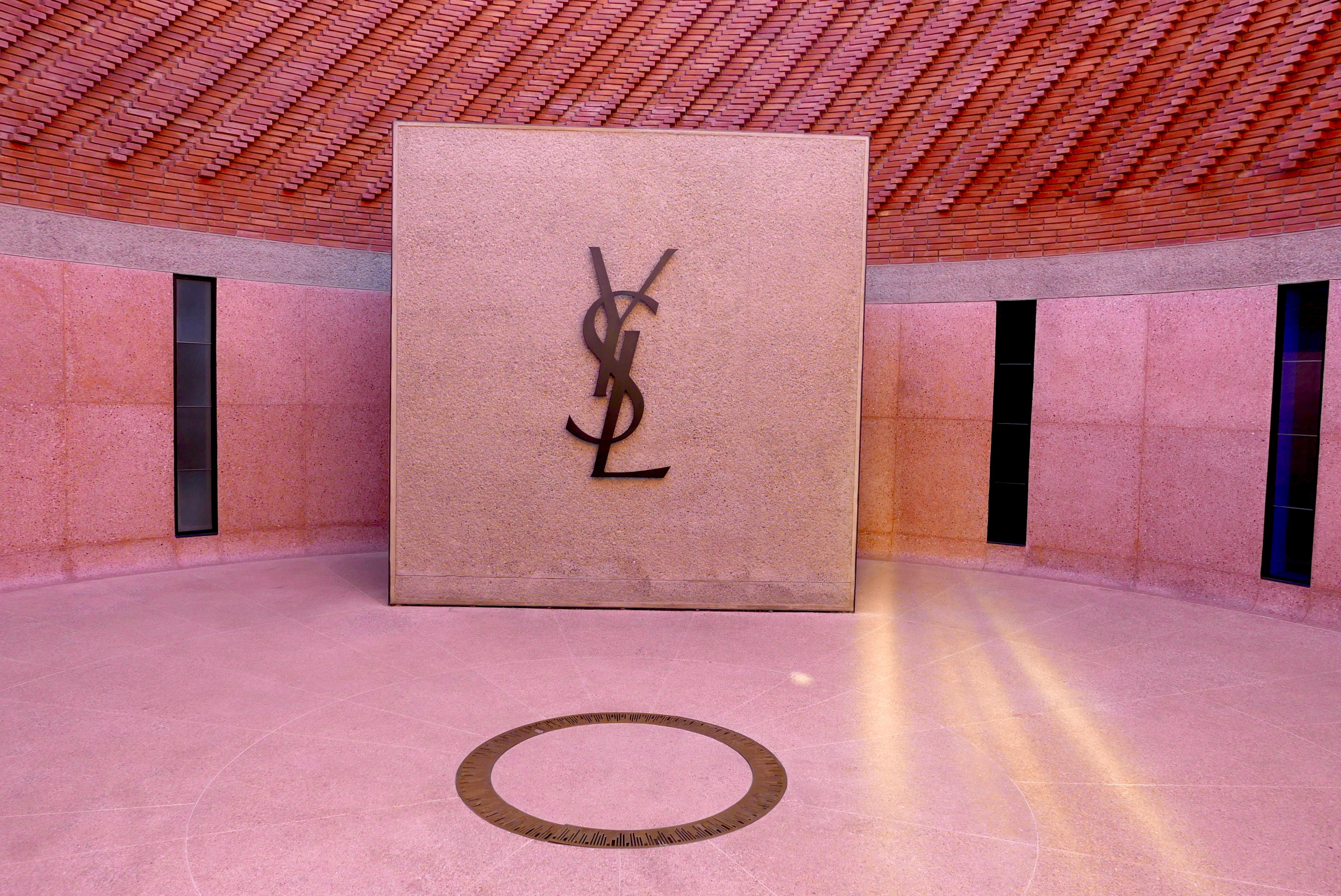 Entrada do Museu Yves Saint Laurent