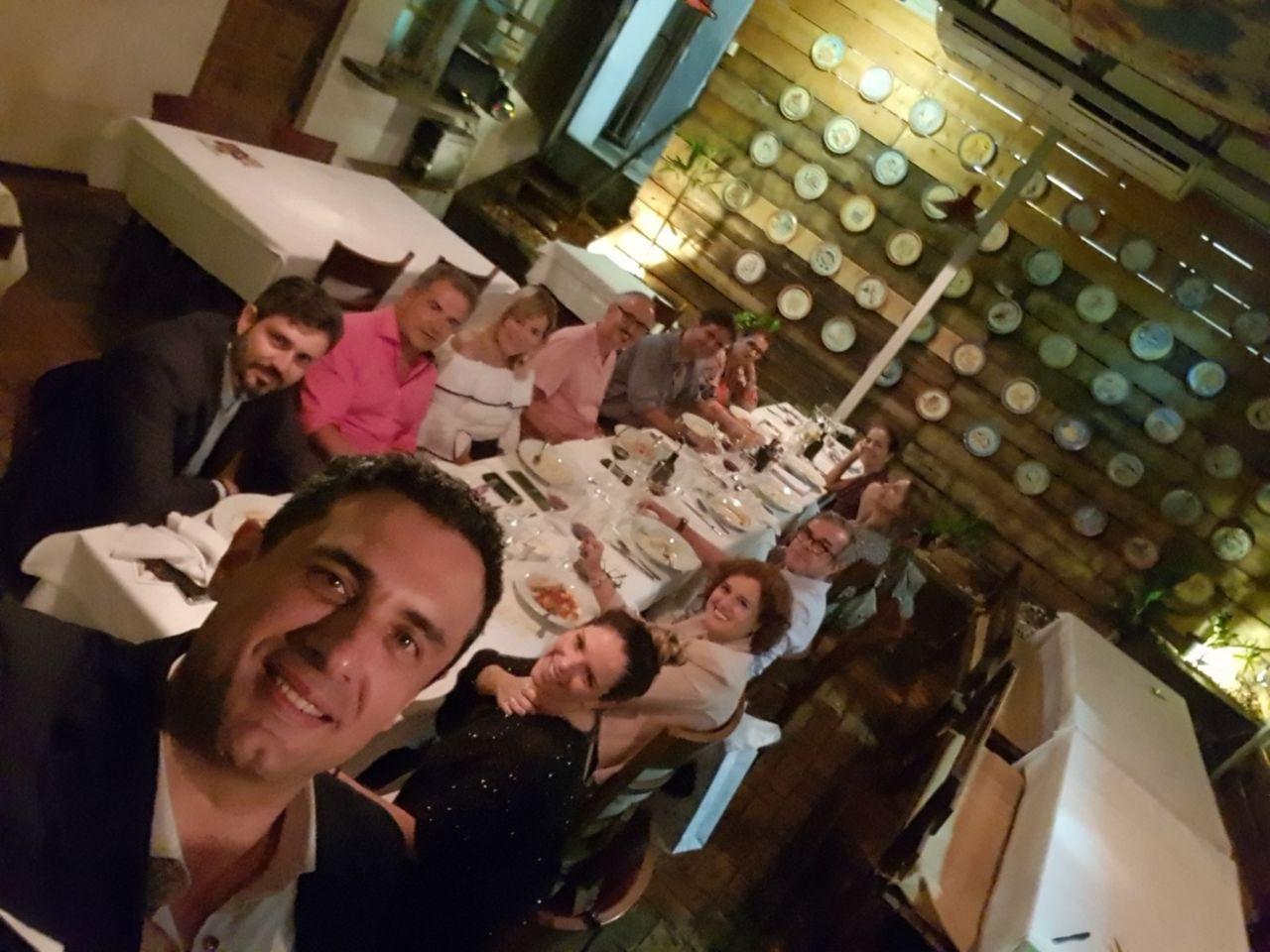 O selfie de Carlos Antunes fechou a primeira noite de visita a BHZ