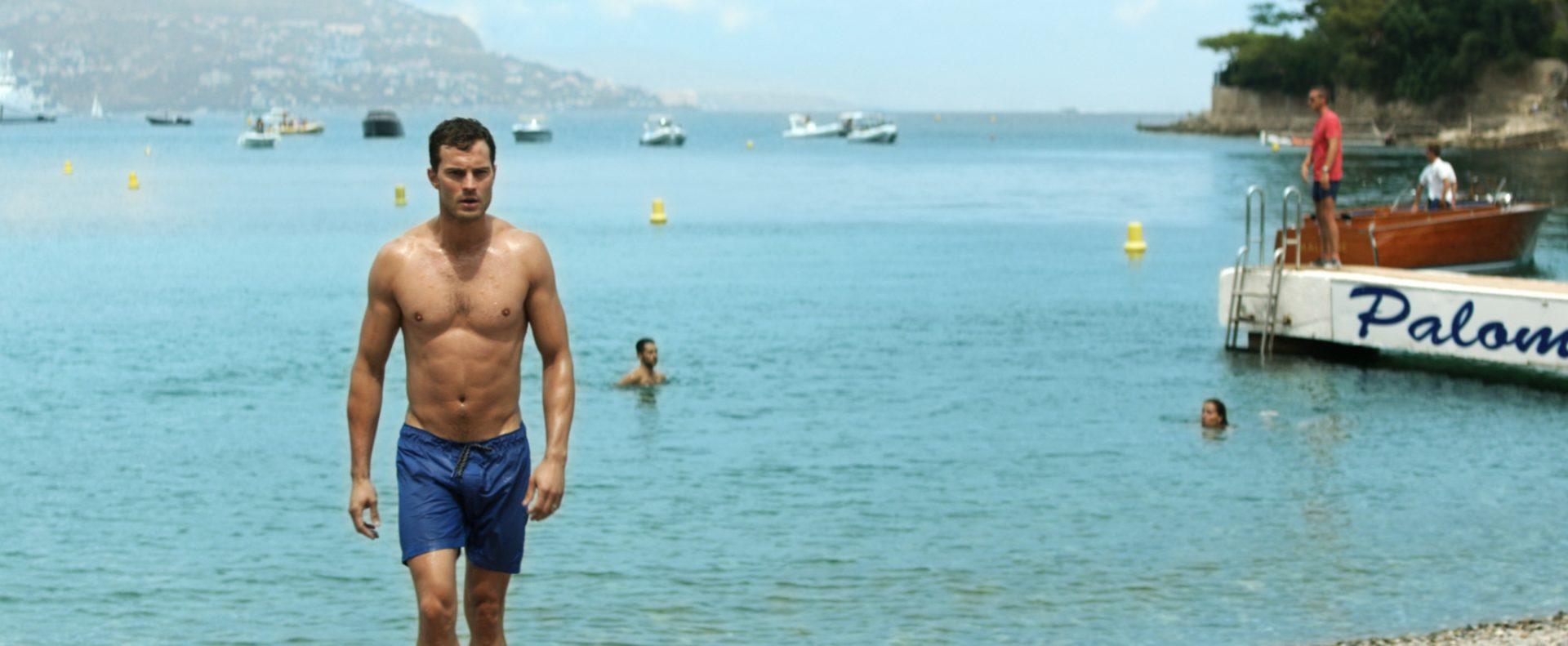 Christian arrasando, na Praia de Paloma, em Saint-Jean du Cap Ferrat