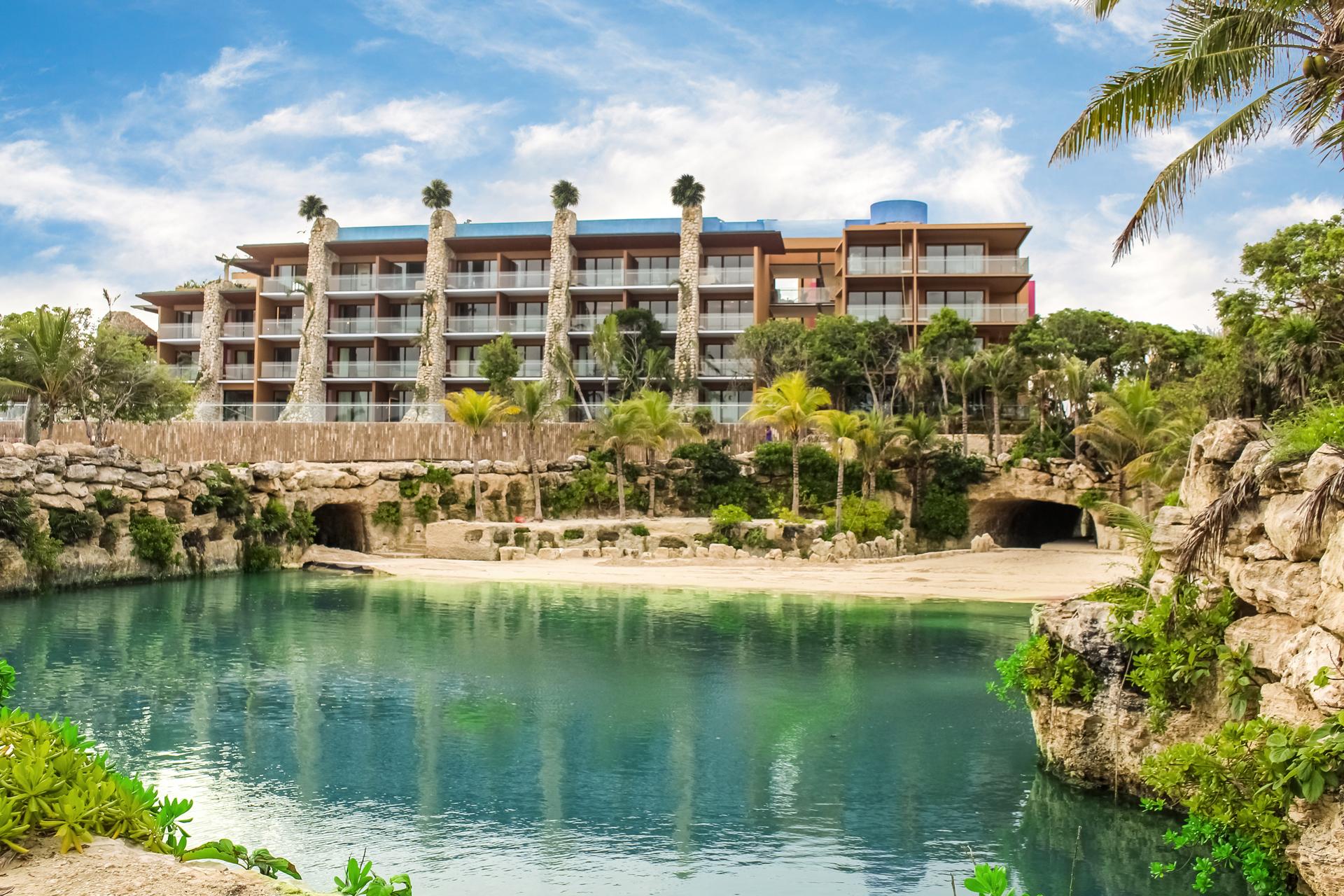 Fachada do Hotel XCaret México