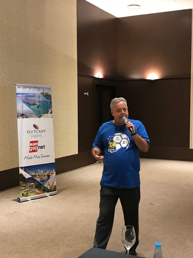 Michael Barkoczy, apresentou as novidades geradas pela fusão Flytour Viagens + MMT, para os agentes de viagens, durante evento em Santos