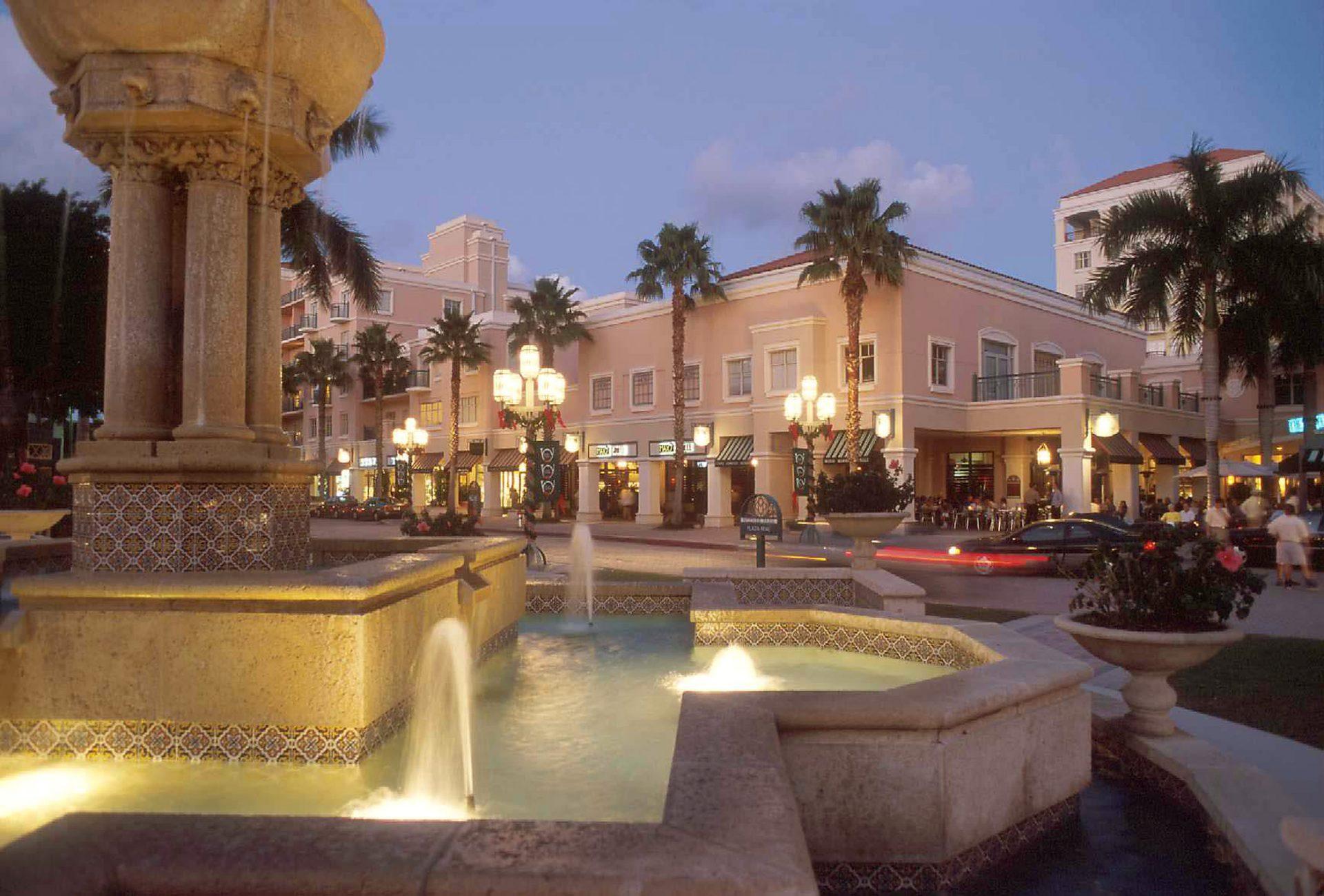 O elegante centro de Boca Raton