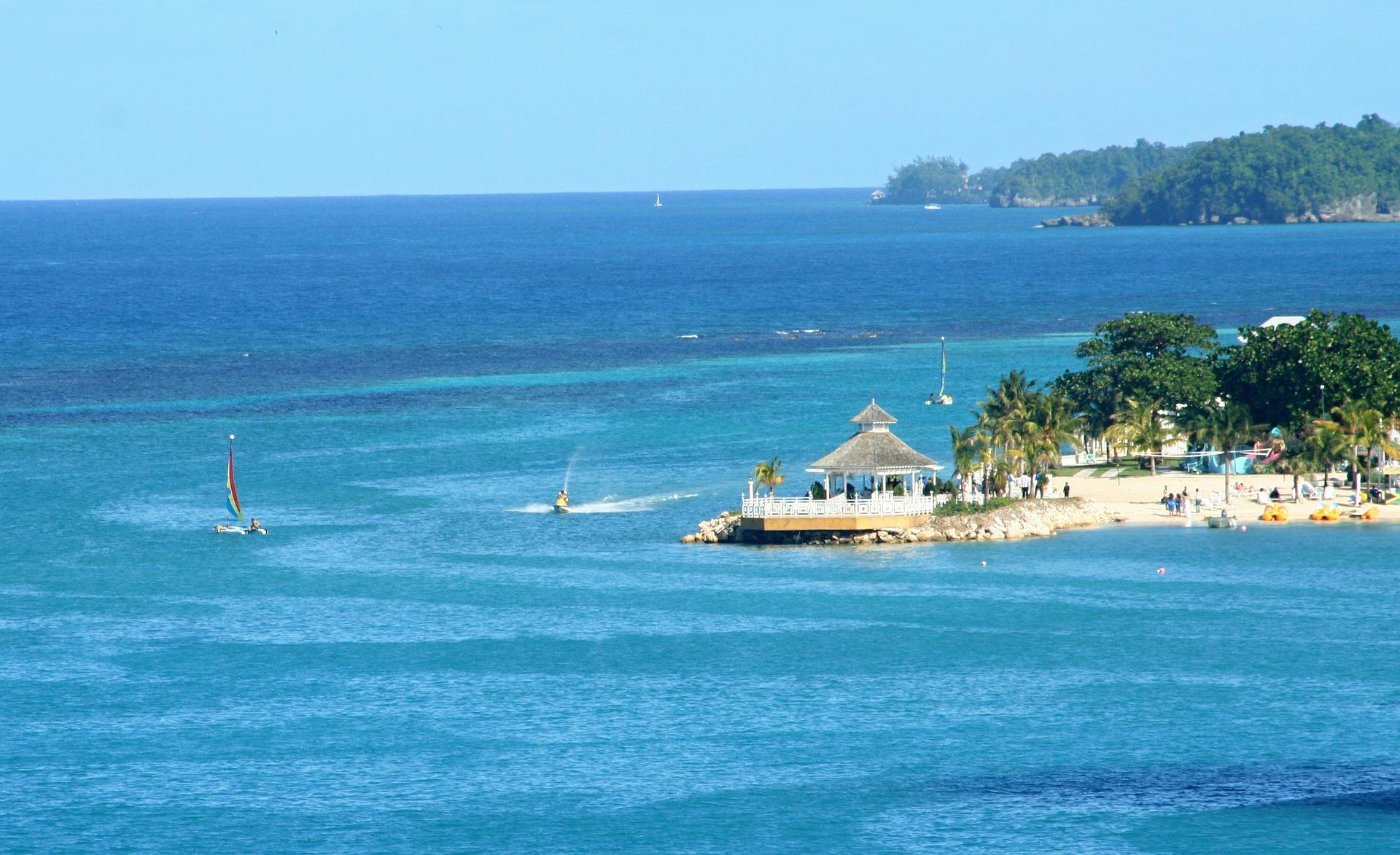 O belo litoral de Ocho Rios, na Jamaica