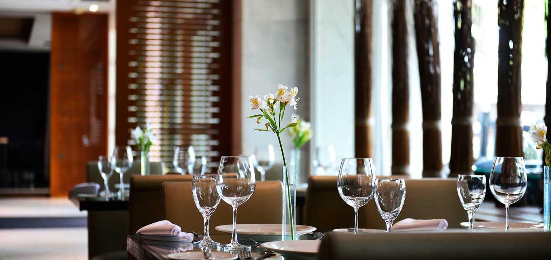 O restaurante Cais da Ribeira está no Hotel Pestana Rio Bacalhau