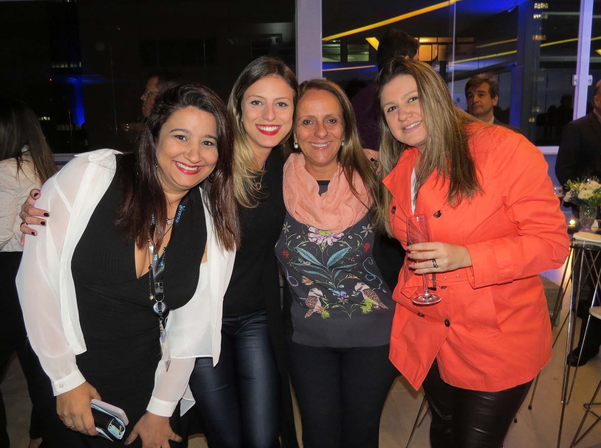 Flavia Cruz, da Diversa Turismo, com Mariana Campbell e Rosana Campbell, da Chance Tour; e Fernanda Giampá, da Giampá