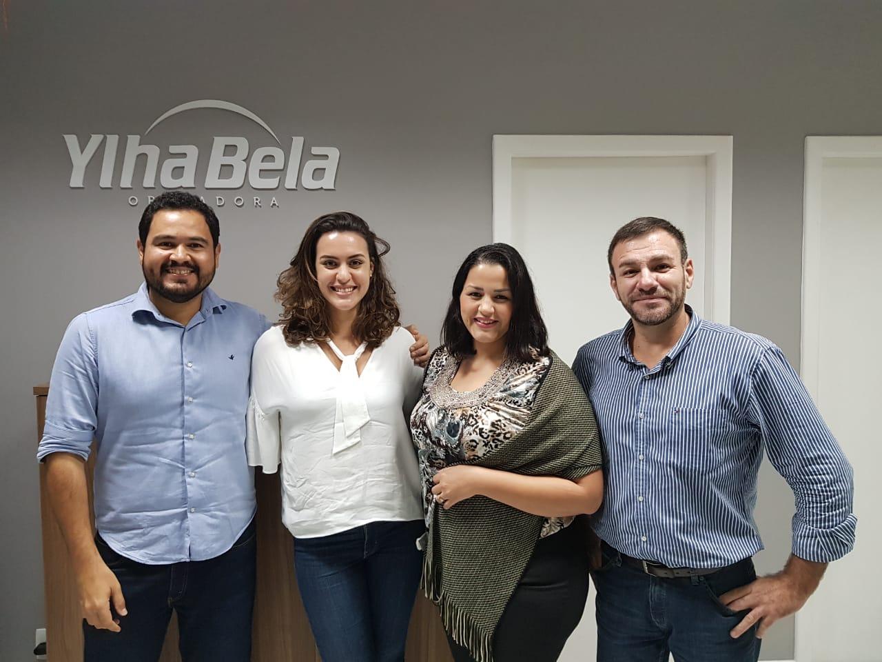 Neto Buteri e Juliane Figueiredo, diretores da Ylha Bela Operadora; Laidiane Barbosa, do comercial da filial carioca, e Marcos Guimarães, diretor regional Rio de Janeiro
