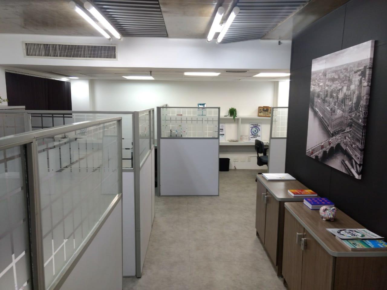 Detalhe do escritório do Rio de Janeiro, que acaba de ser aberto, na Rua do Ouvidor, no Cento da capital fluminense