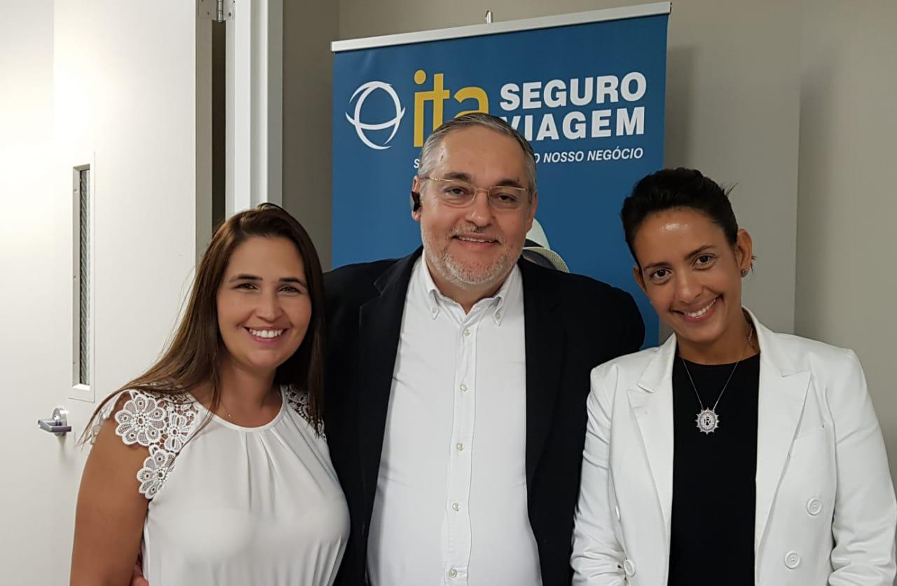 Erika Nunez, Agnaldo Abrahão e Roberta Soares