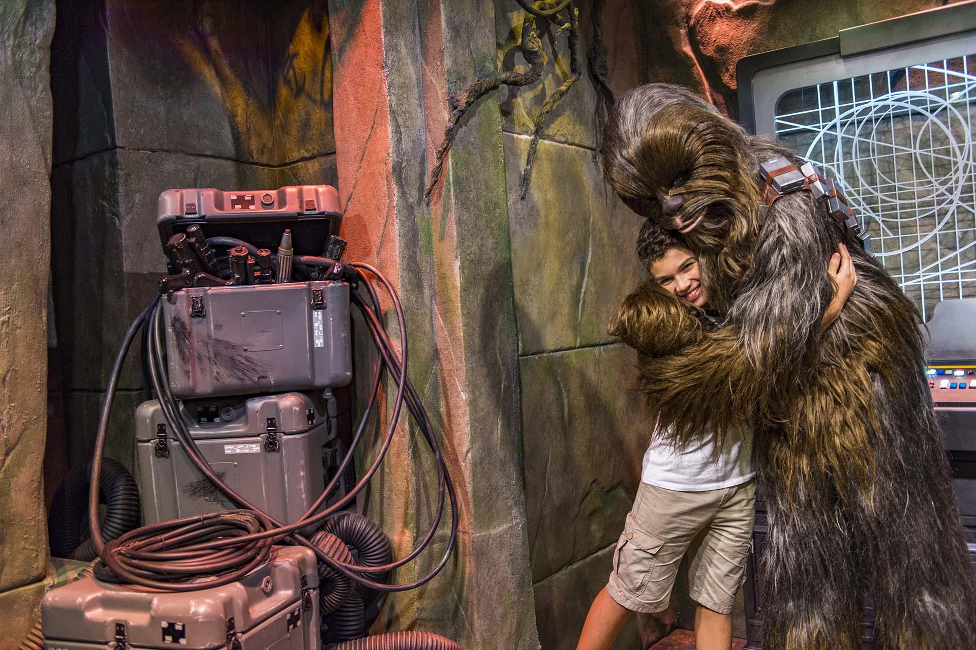 O mundo inteiro aguarda o lançamento de Star Wars no Disney's Hollywood Studios