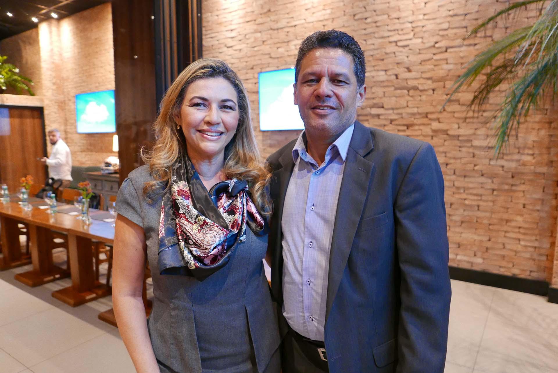 Regina Barros e Fernando Murta, no evento de lançamento da Operadora WestCentral em Belo Horizonte