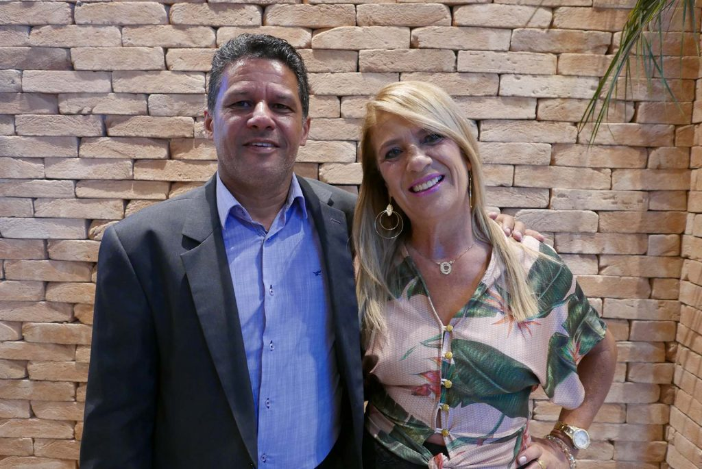 O anfitrião com Corina Andrade, diretora do MG Receptivo