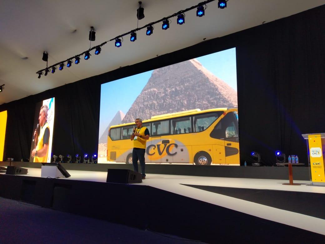 Sylvio Ferraz encerrou as apresentações do 1º dia da convenção de vendas CVC