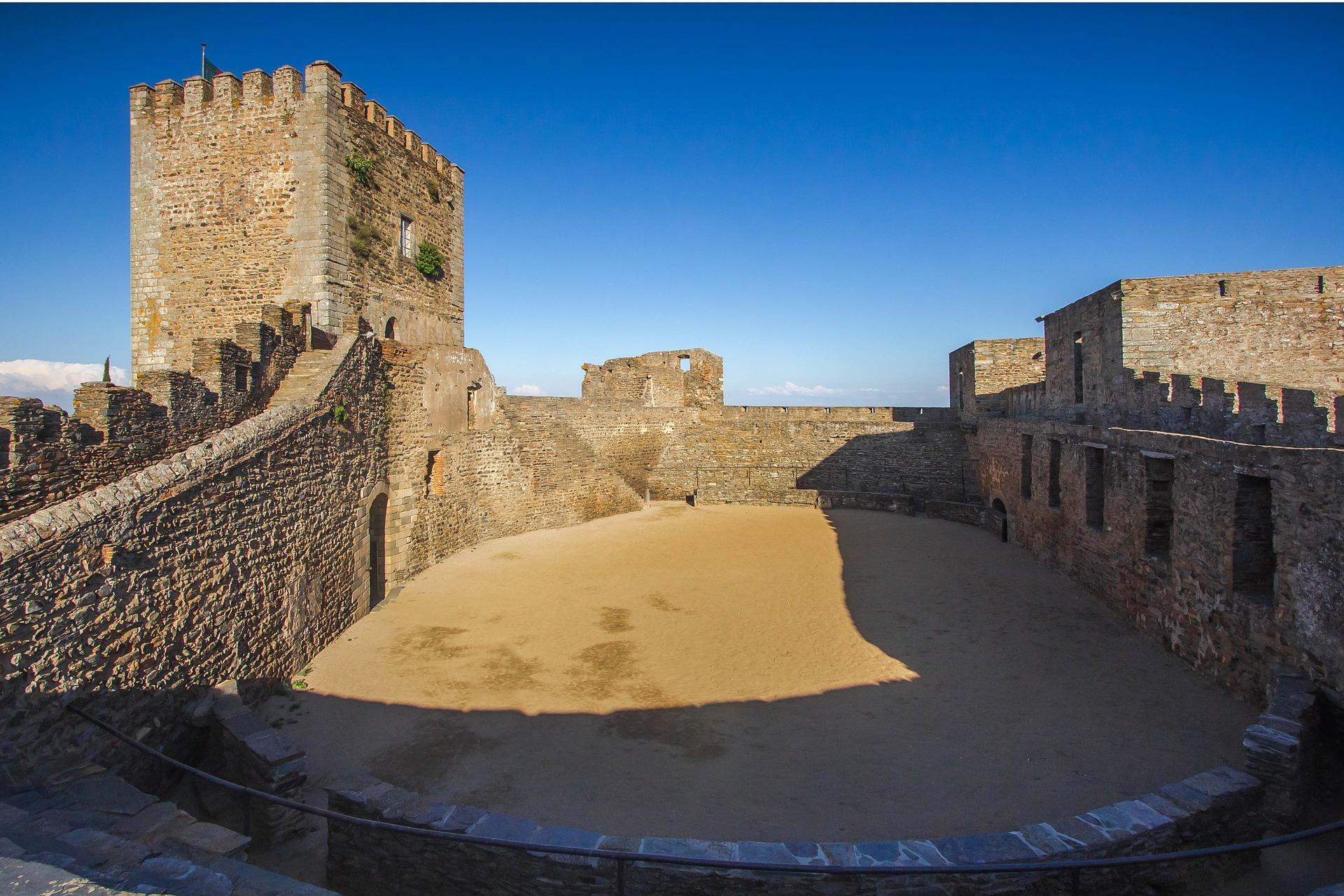 Castelo de Reguengos de Monsaraz (Foto: Divulgação)