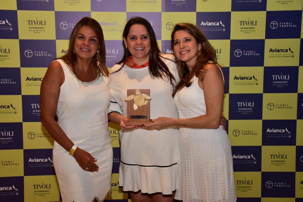 Katia Vargas e Ana Paula, da PrimeTour, com Bruna Pedreira
