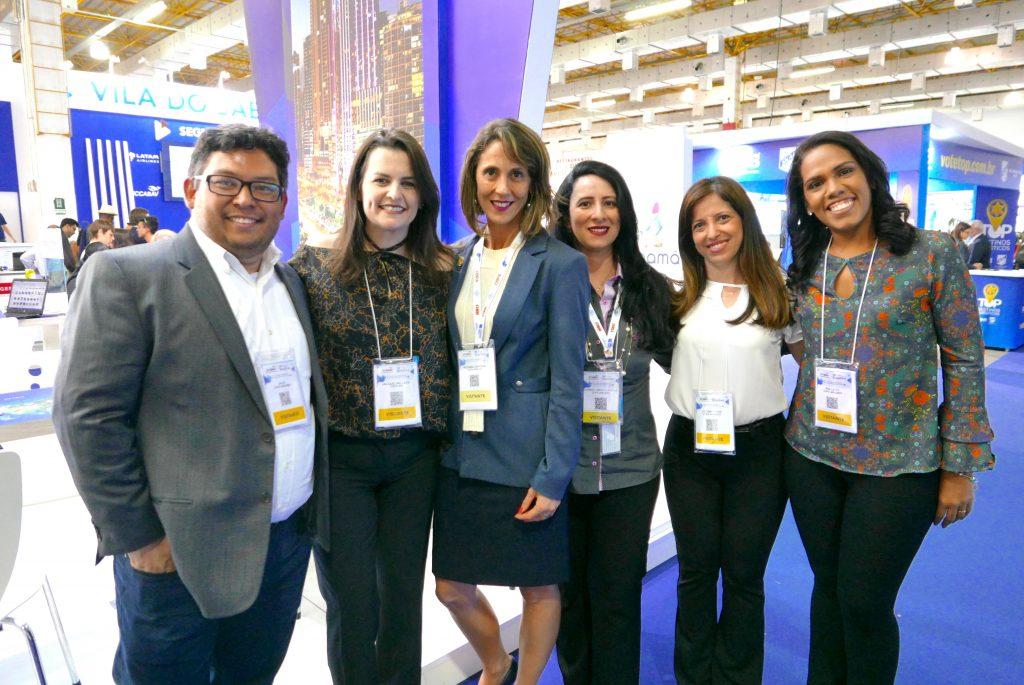 A superequipe da Copa Airlines = Julio Sato + Jackie Ledo + Rosana Caporal + Liamar Constante + Luciana Veiga + Ana Leite