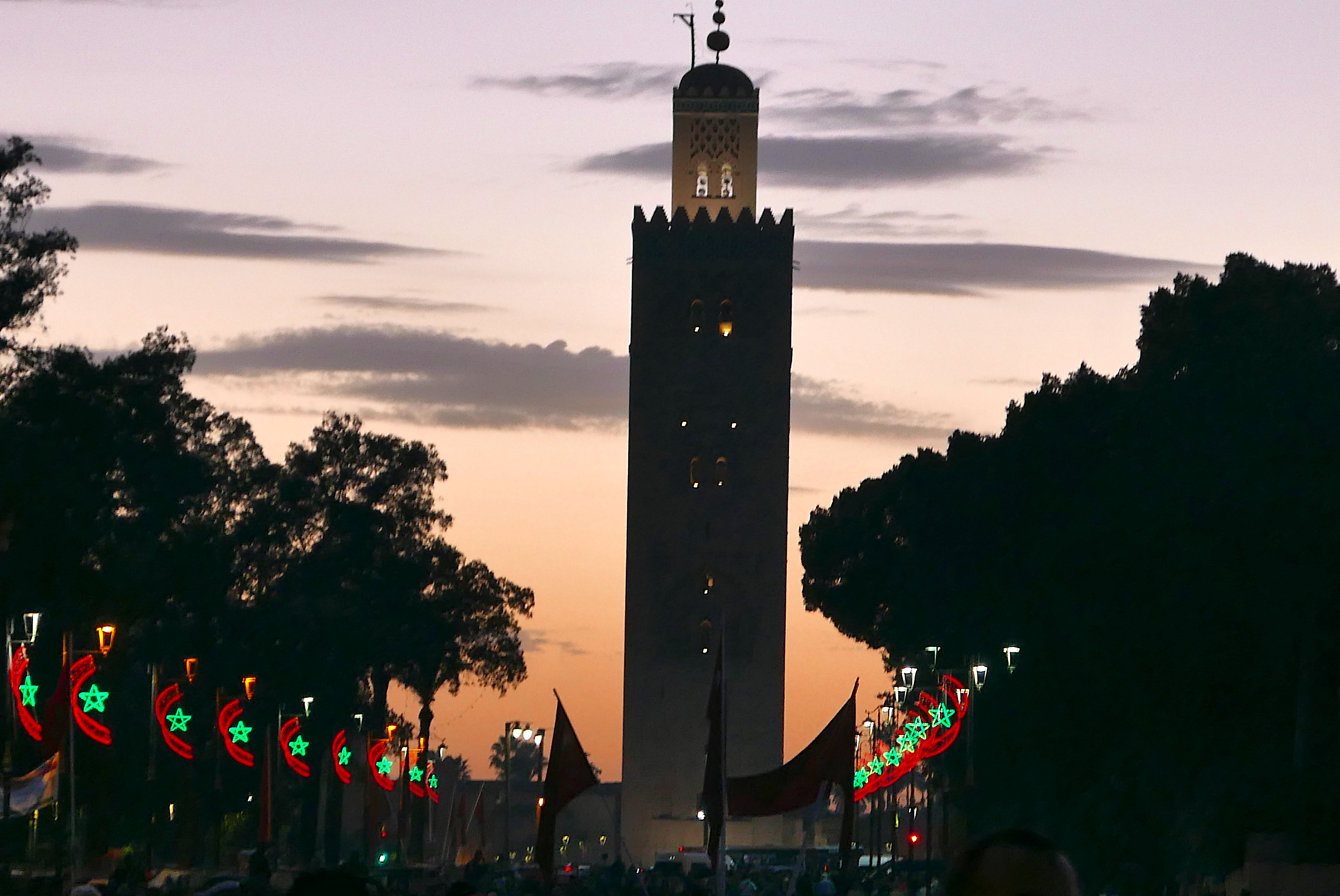 Voltar para o hotel com a imagem da Mesquita Koutoubia, sob o pôr do sol, foi uma das recompensas