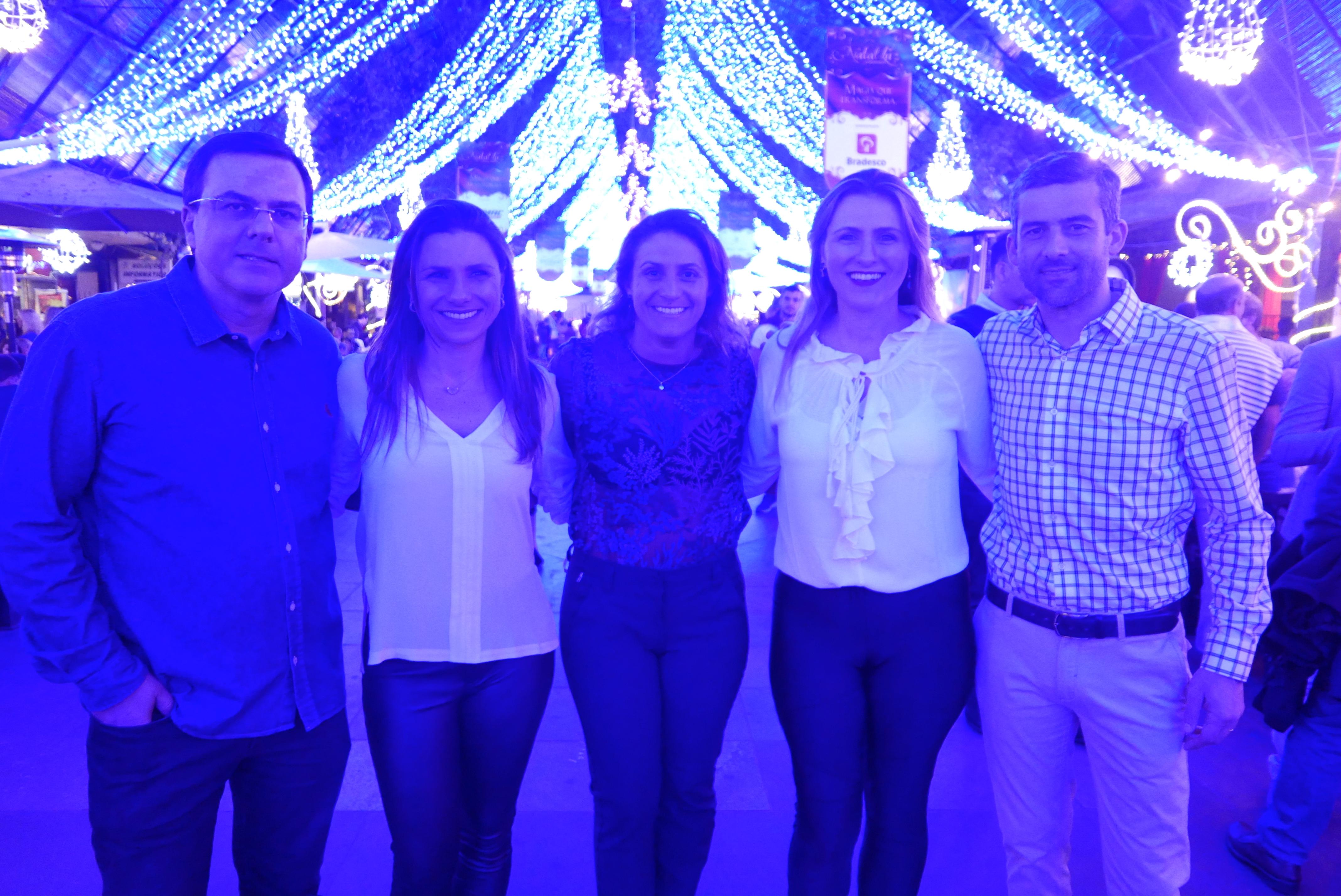 Ronald Spieker, sócio-diretor da Laghetto Hotéis; Any Brocker, Carlise Bianchi, Luiza Brocker, e Fábio Bordin, diretores do Grupo Brocker (Fotos: Claudia Tonaco)