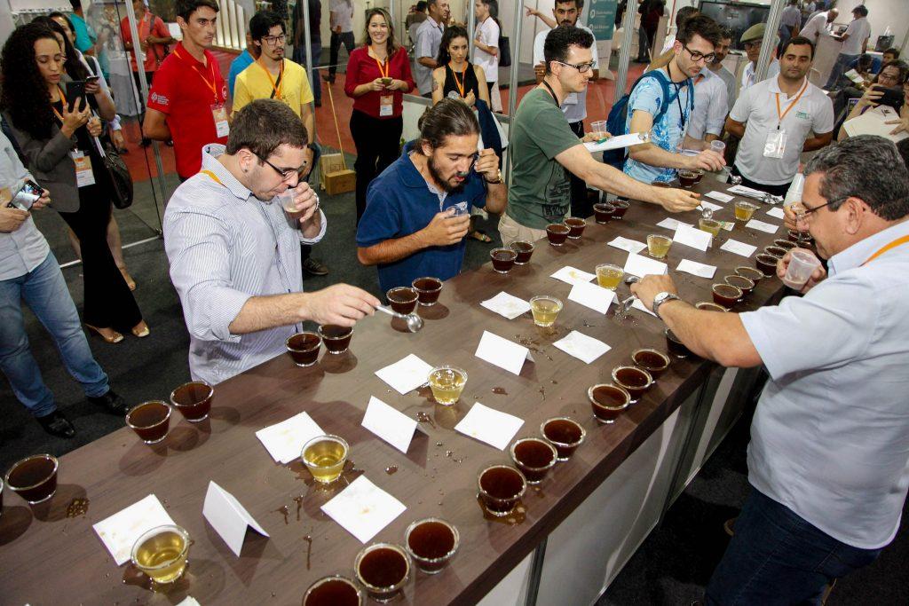 Degustação de cafés na Semana Internacional do Café - SIC