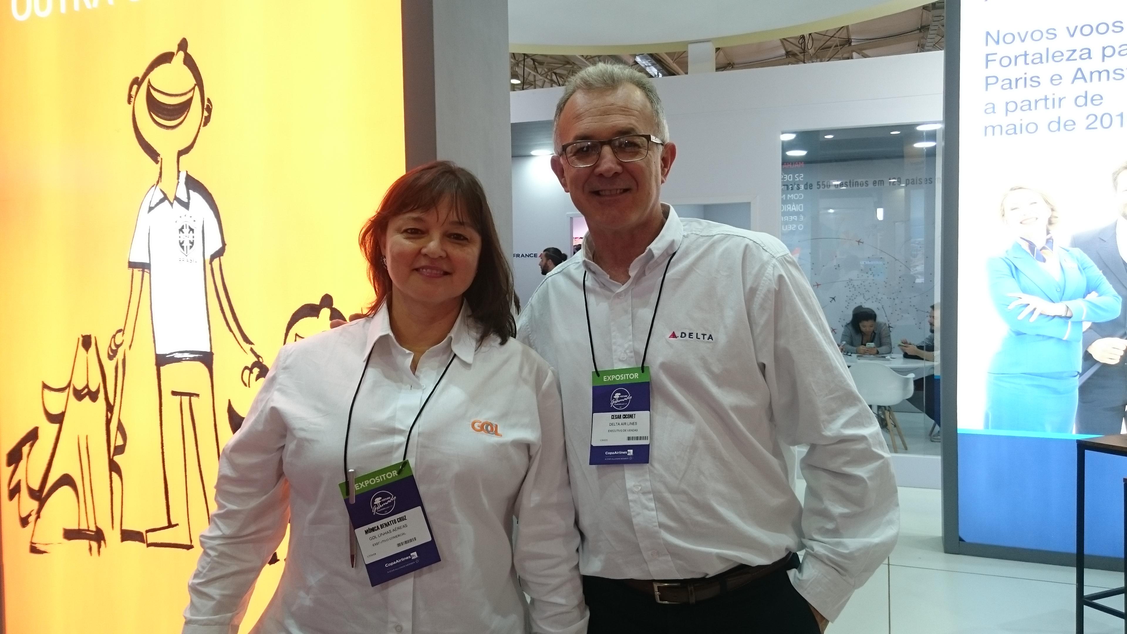 Mônica Cruz, da Gol Linhas Aéreas, e Cesar Ciconet, da Delta Air Lines