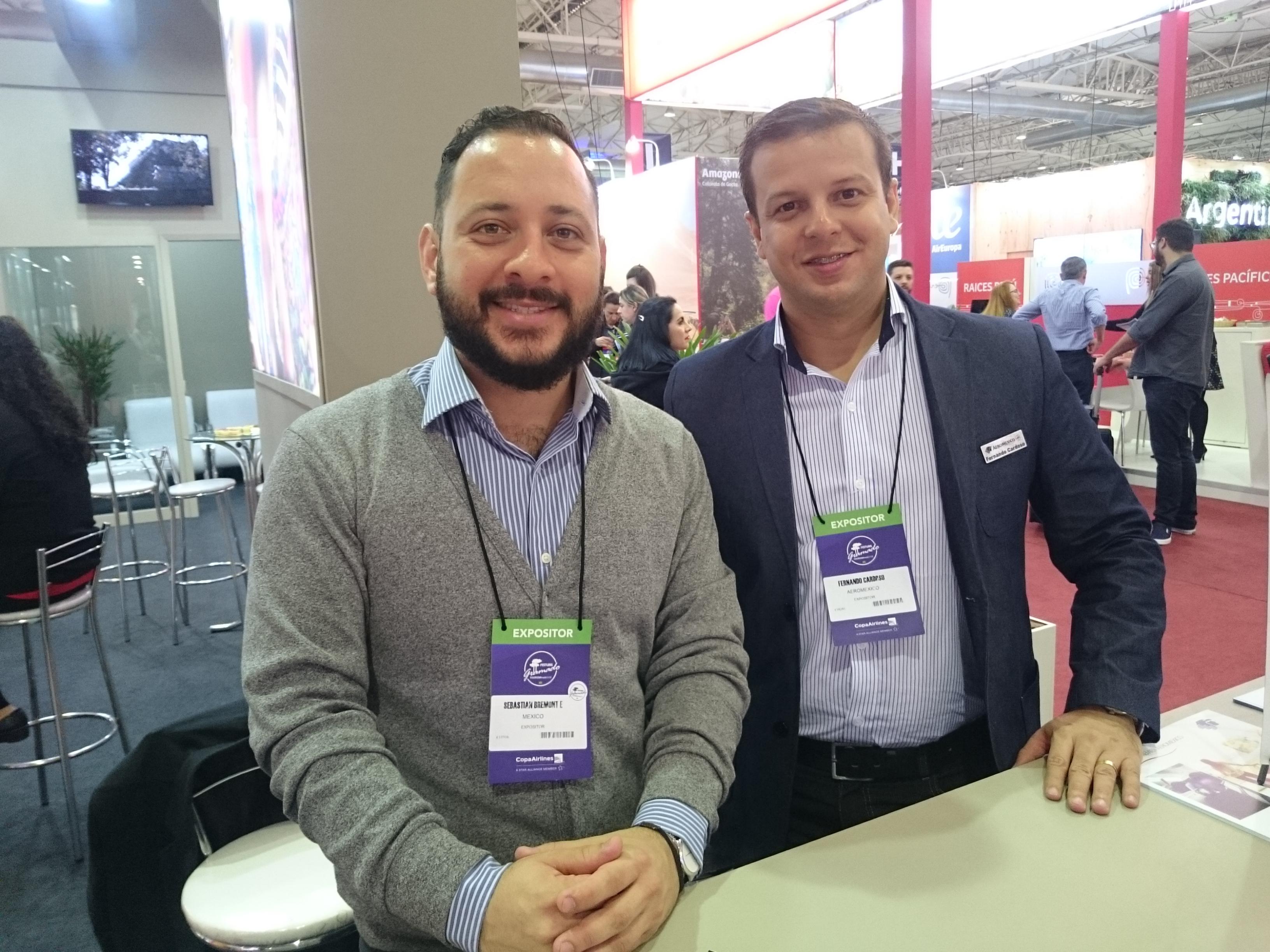 Sebastian Brmeont, do turismo do México, e Fernando Cardoso, da Aeromexico