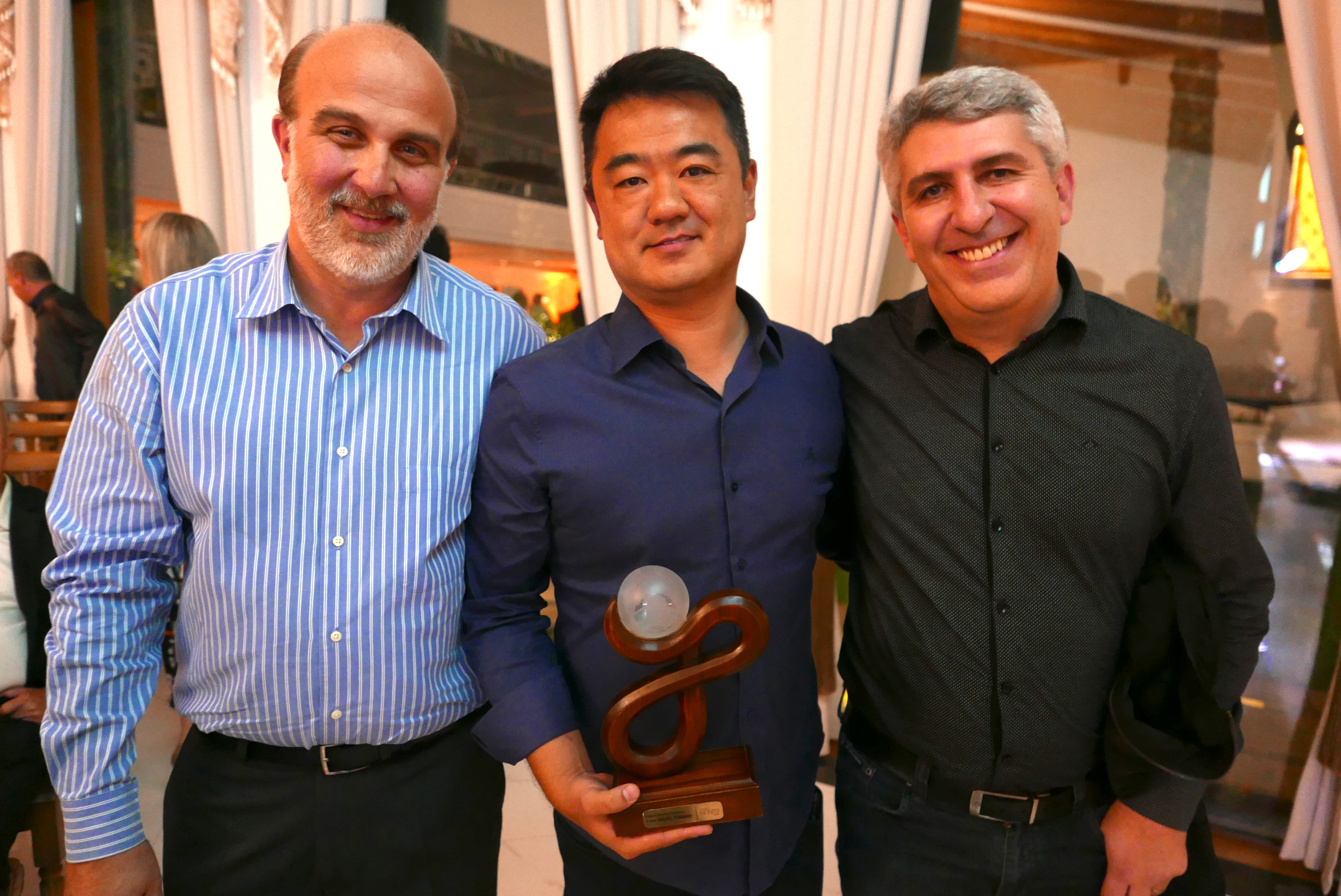 Os grandes campeões do Troféu Infinito 2017 = Toda a equipe Visual Turismo