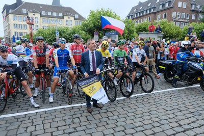 Thomas Geisel, prefeito da cidade de Düsseldorf, na Grand Départ do Tour de France