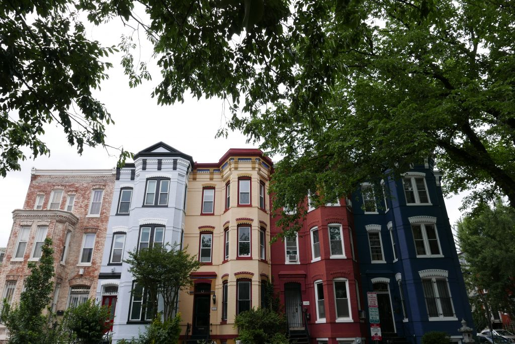 Em Washington D.C., bairros inteiros, bem preservados, guardam o retrato de épocas distintas