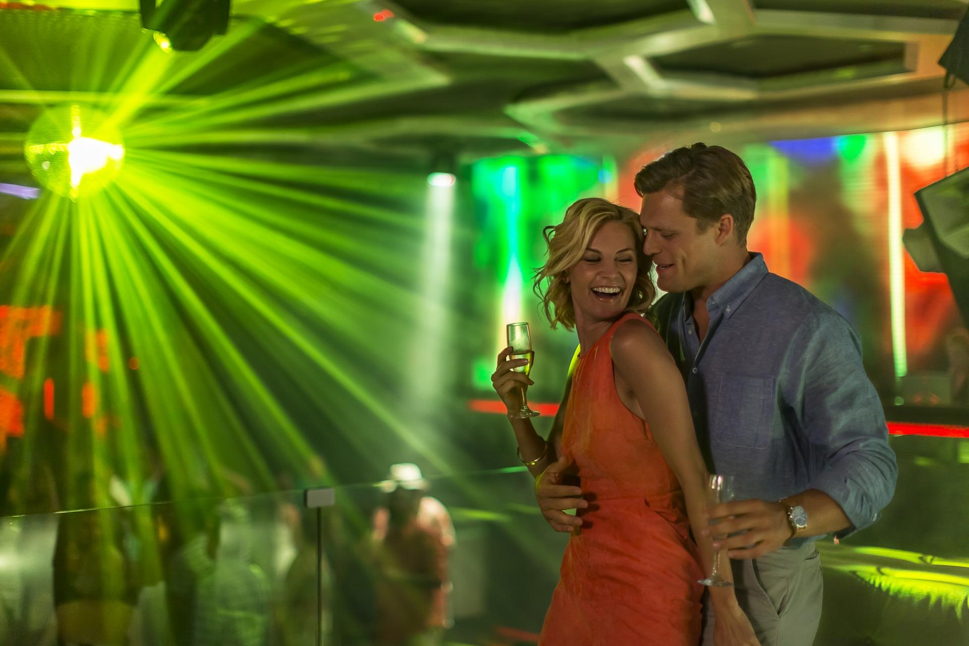 No Unique, os casais curtem o melhor da vida noturna de Cancun, sem sair das dependências do complexo hoteleiro