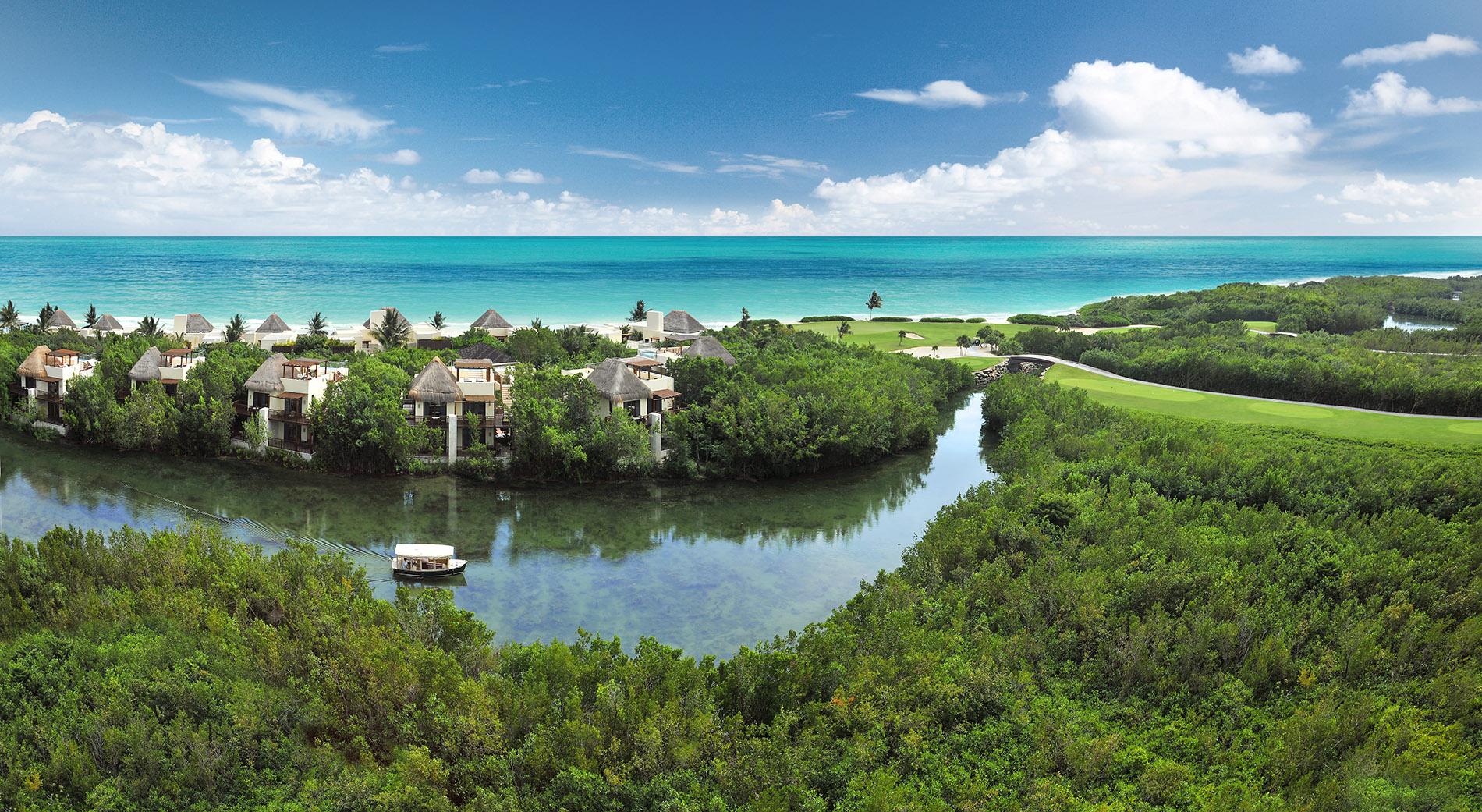 Vista para os canais do Fairmont Mayakoba (Fairmont Hotels/Divulgação)
