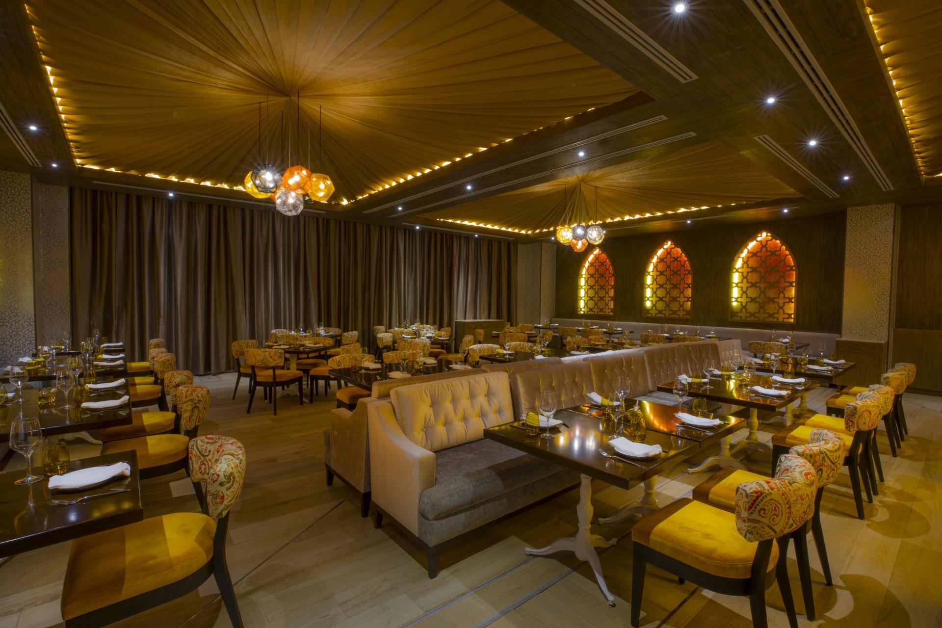 Ambiente do restaurante Habibi, especializado em culinária libanesa