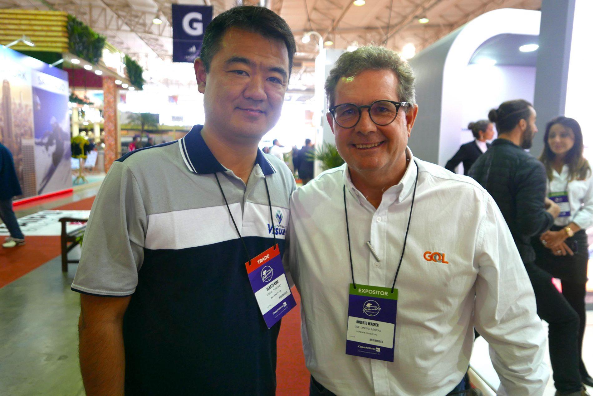 Renato Kido, da Visual Turismo, e Roberto Wagner, da Gol Linhas Aéreas