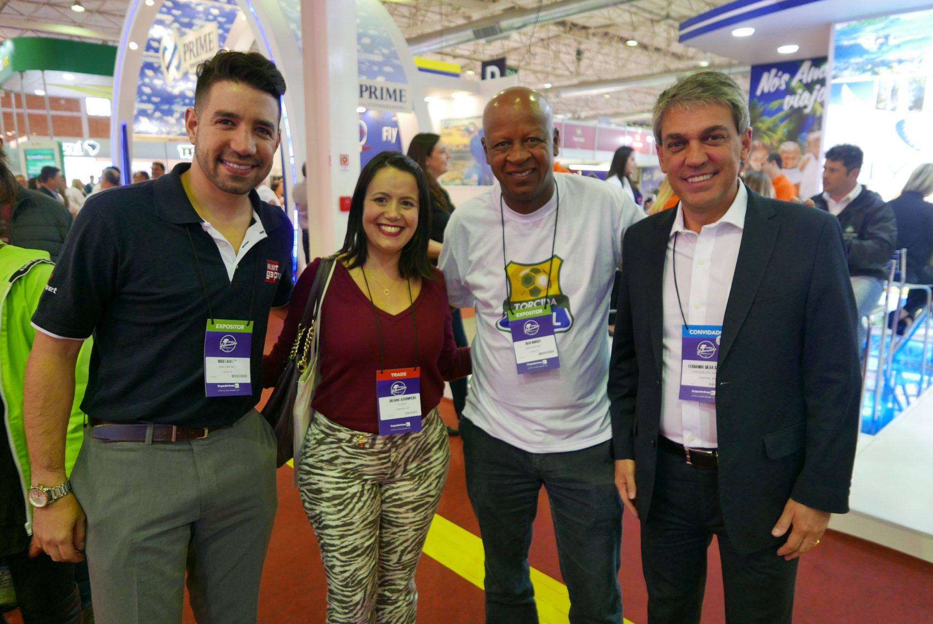 Hugo Lagares, da MMTGapnet; Juliana Assumpção, da Aviesp, Deco Borges, da MMTGapnet, e Fernando Santos, presidente da Associação das Agências de Viagens Independentes do Interior do Estado de São Paulo