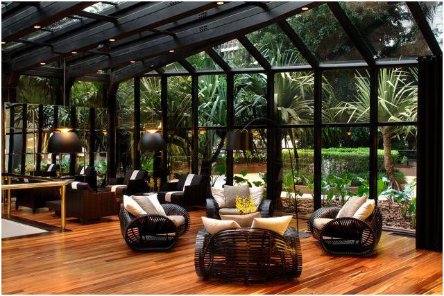 Lobby do Tivoli Mofarrej, localizado na Alameda Santos, em São Paulo