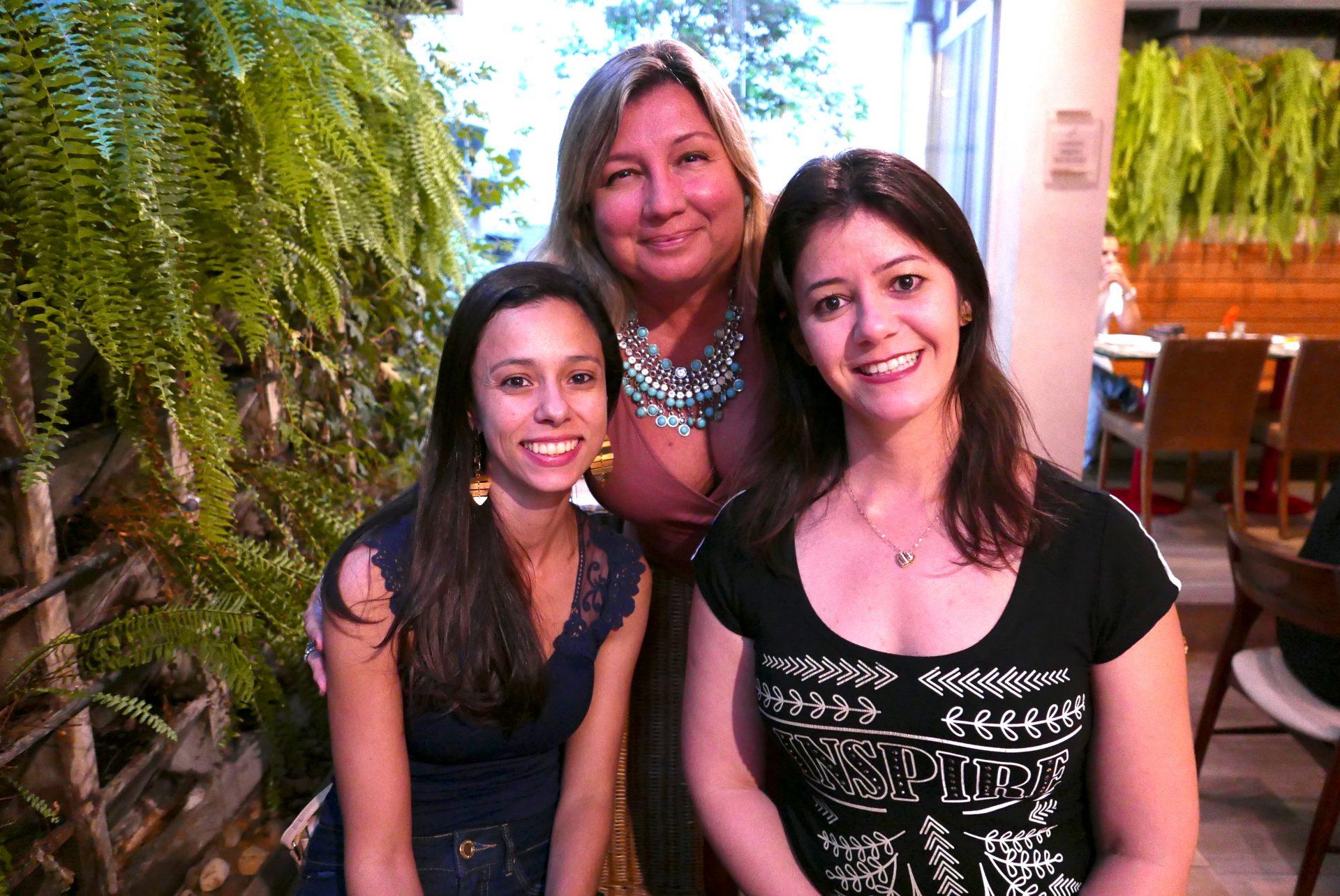 Tarcia Malloy e Geizienne Ribeiro, da My Travel; e Ana Paula Chagas, da FlyVip Viagens