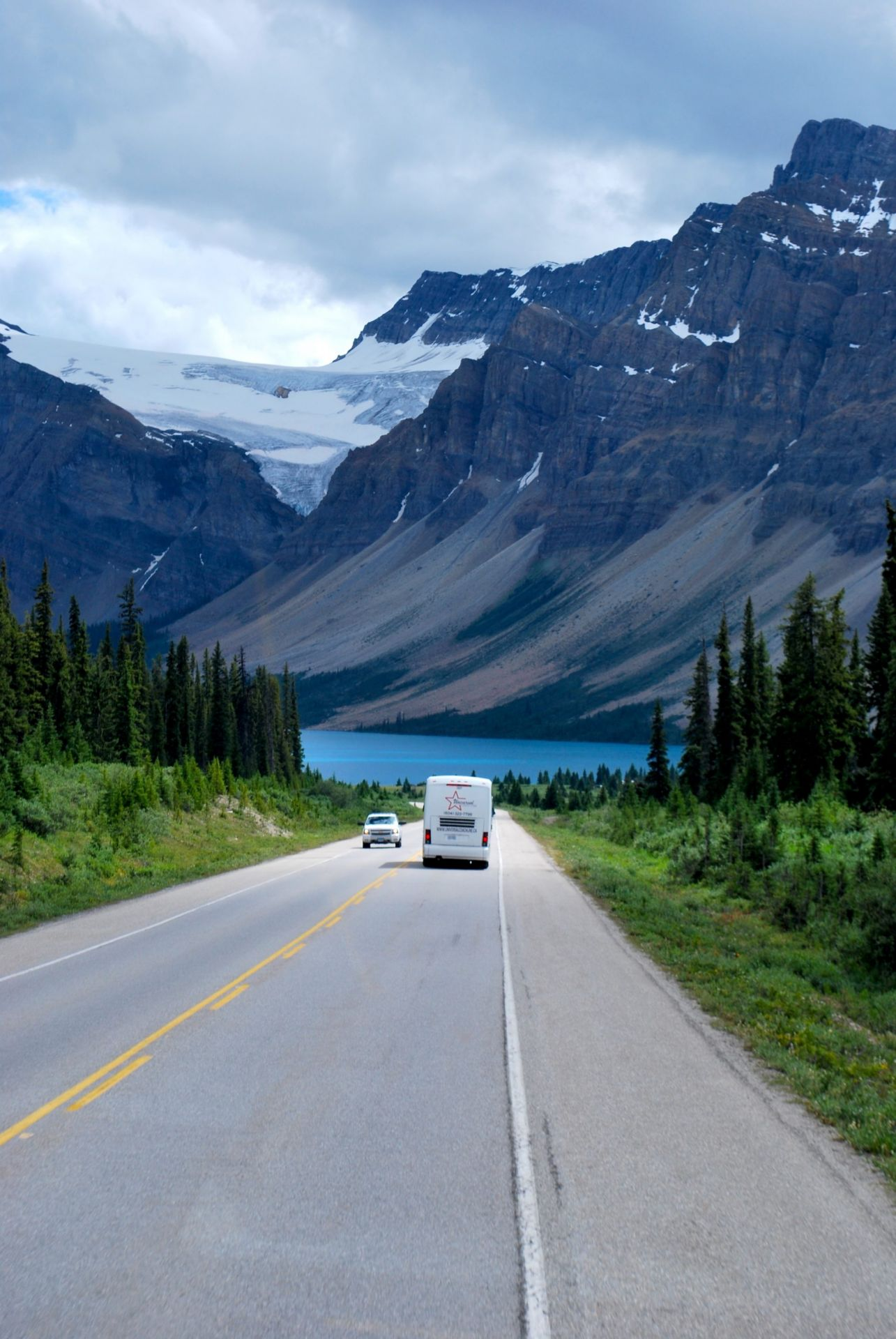 Diminua a velocidade para curtir toda a exuberância da Icefield Parkway