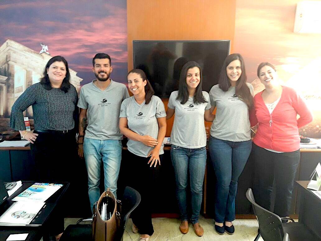 Acta Turismo, onde foram recebidas por Saulo Corte e equipe