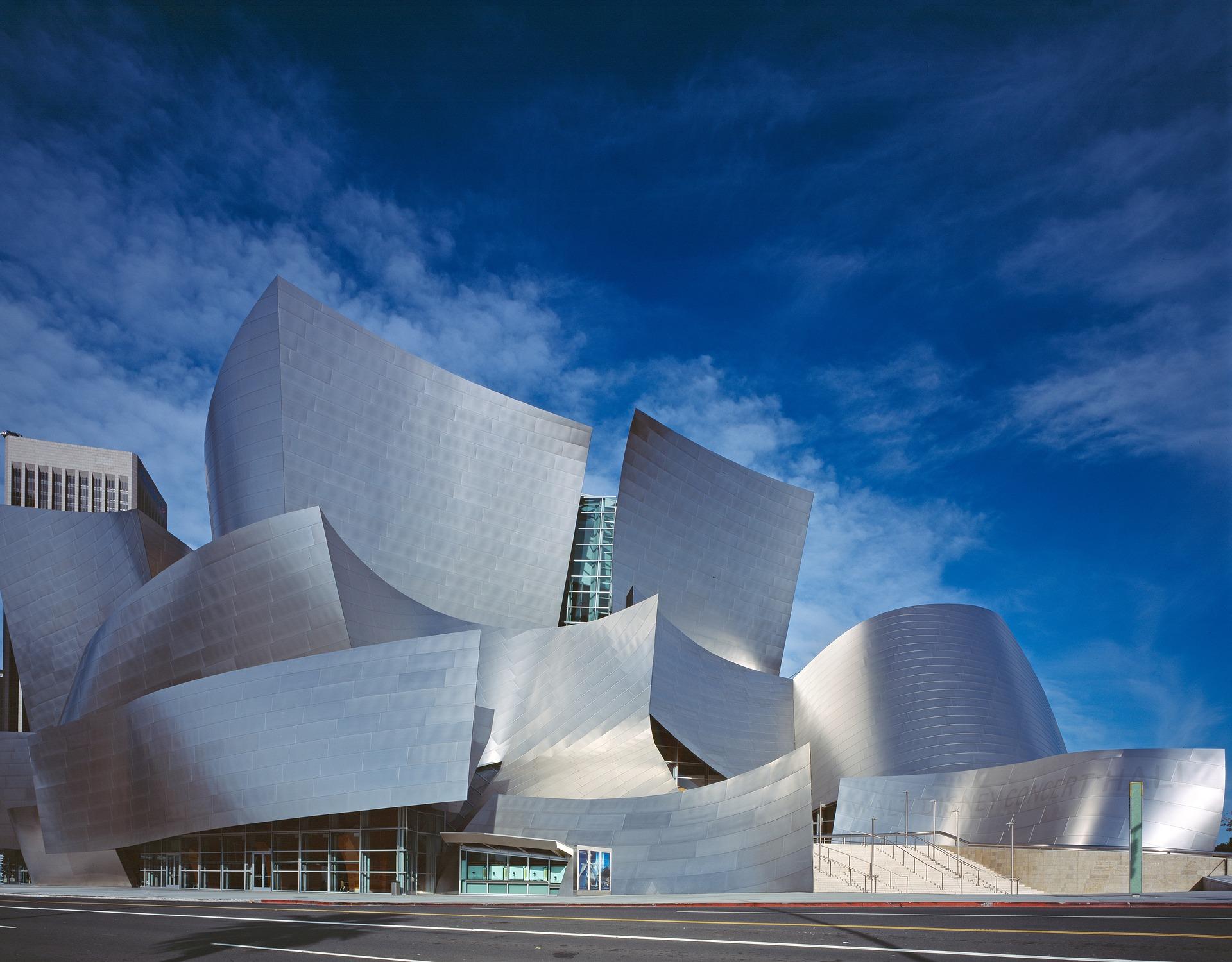 O Walt Disney Concert Hall, obra do arquiteto Frank Gehry, que deixou Los Angeles ainda mais bonita