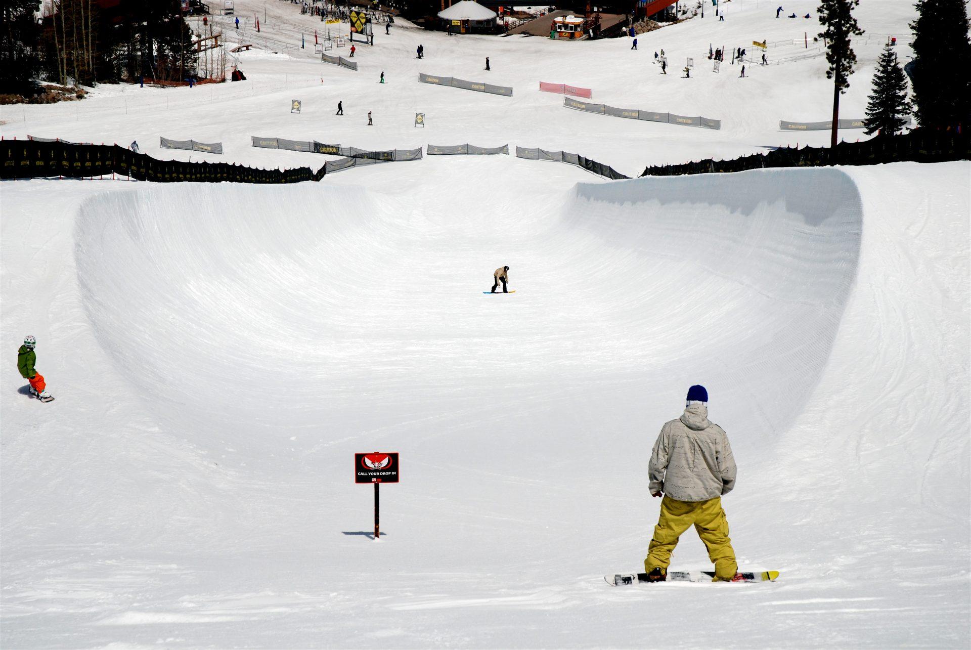 No verão ou no inverno, Lake Tahoe é o paraíso dos esportistas