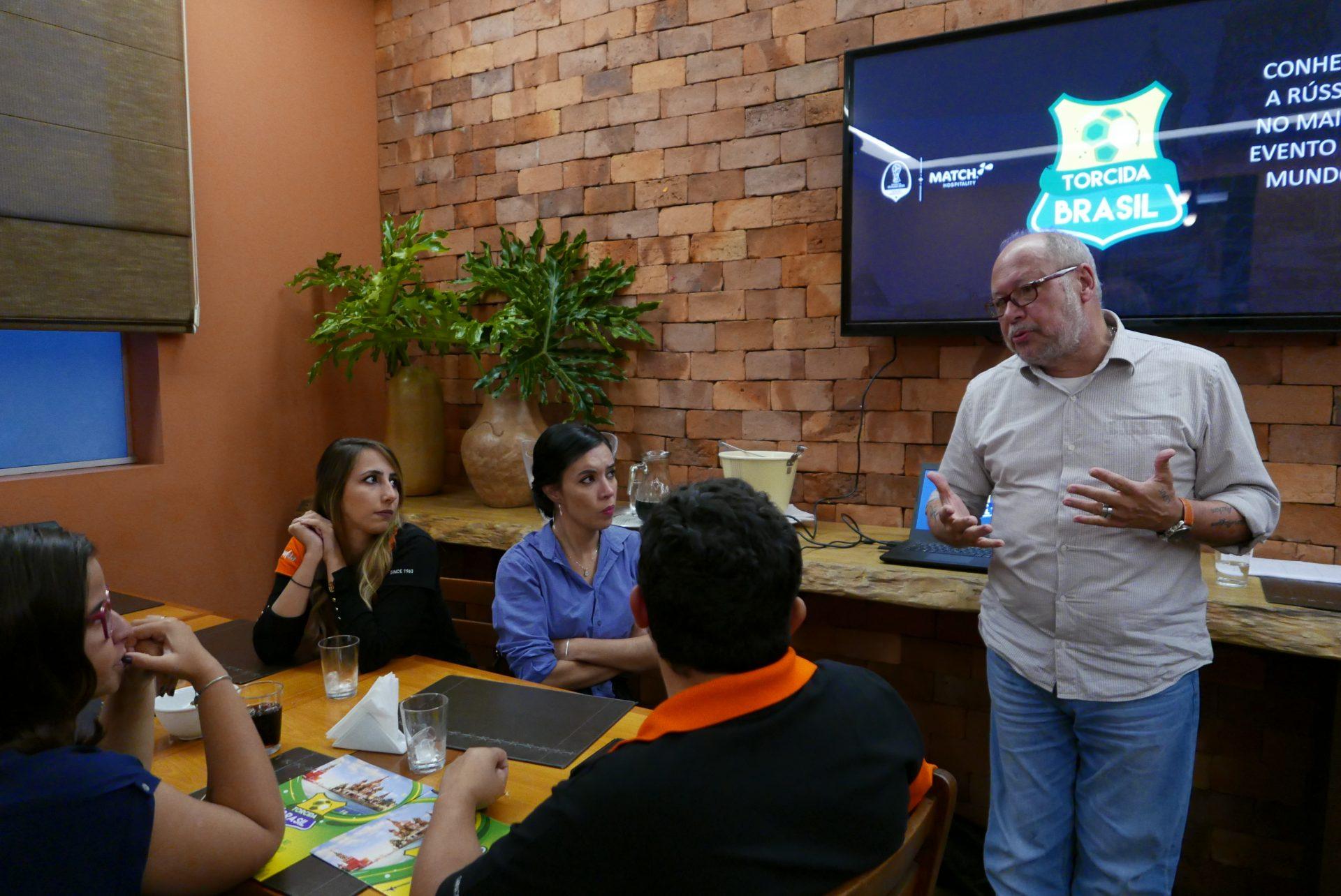 Ronaldo Faria explicou detalhes dos pacotes da MMTGapnet e das atrações que surpreenderam os brasileiros em Moscou e São Petersburgo