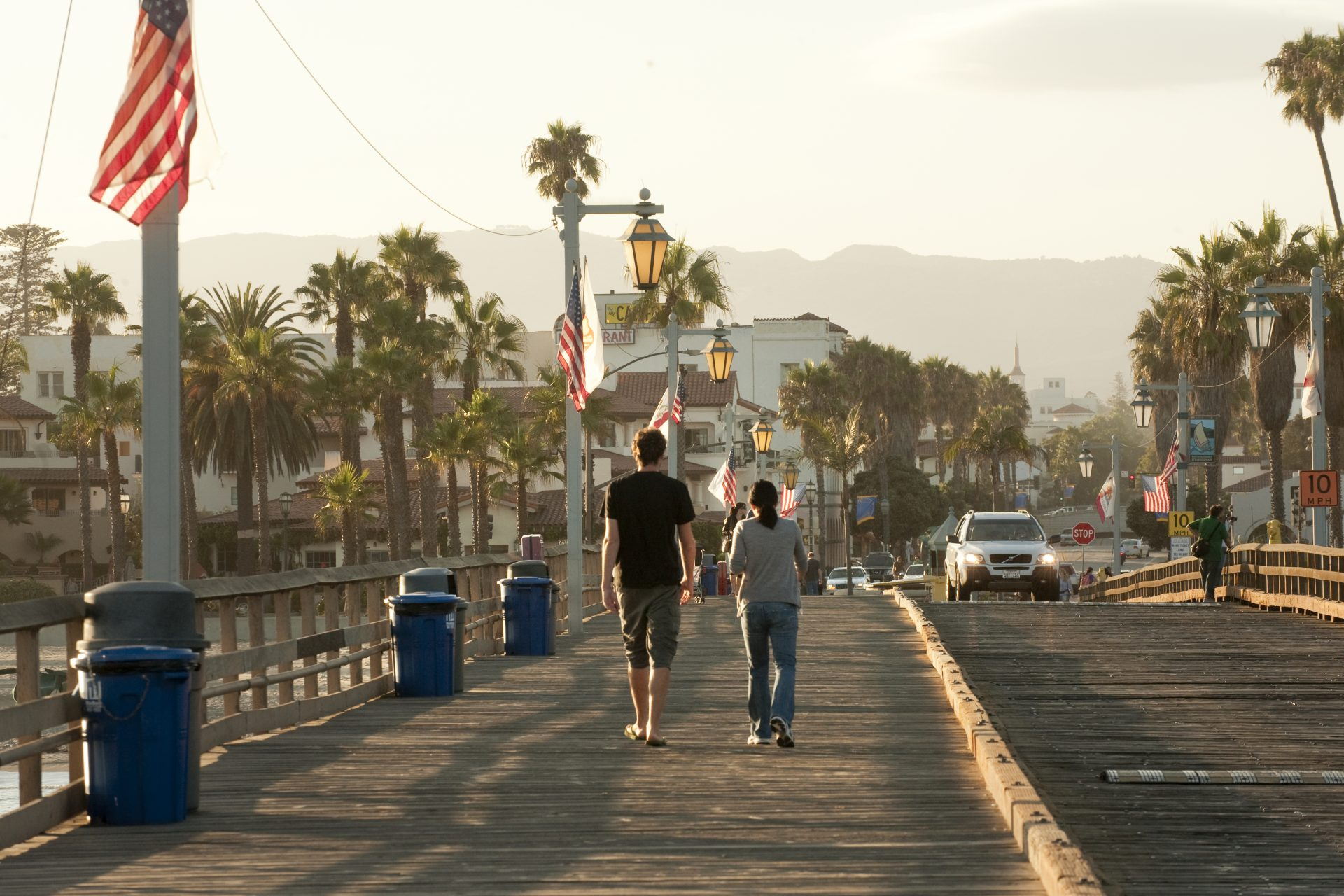 O píer de Santa Barbara, cidade que é parada obrigatória para quem roda pela Higway 1