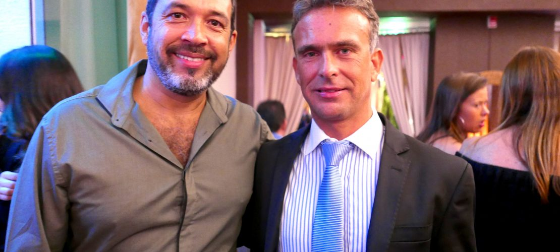 Jorge Souza, gerente de marketing da Orinter Tour & Travel, e Pablo Damato, gerente geral do resort Yacht y Golf Club Paraguayo (Fotos: Claudia Tonaco)