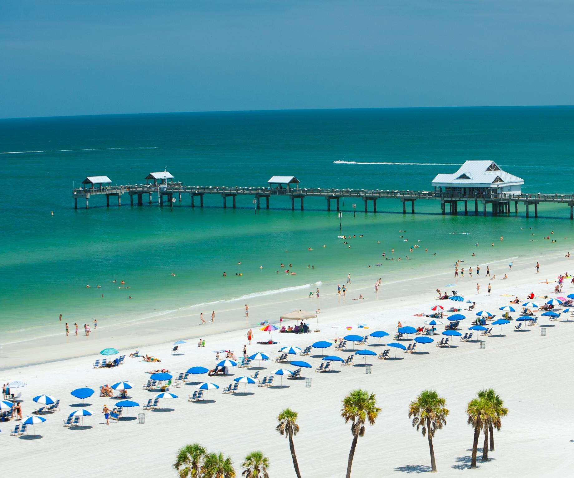 Praia de Clearwater, cidade que combina atividades junto a natureza com eventos e festivais
