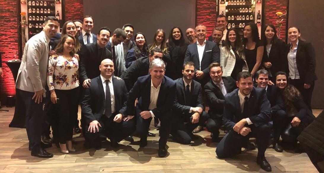 O time da IHG em Santiago do Chile, onde foi realizado evento para os parceiros da rede