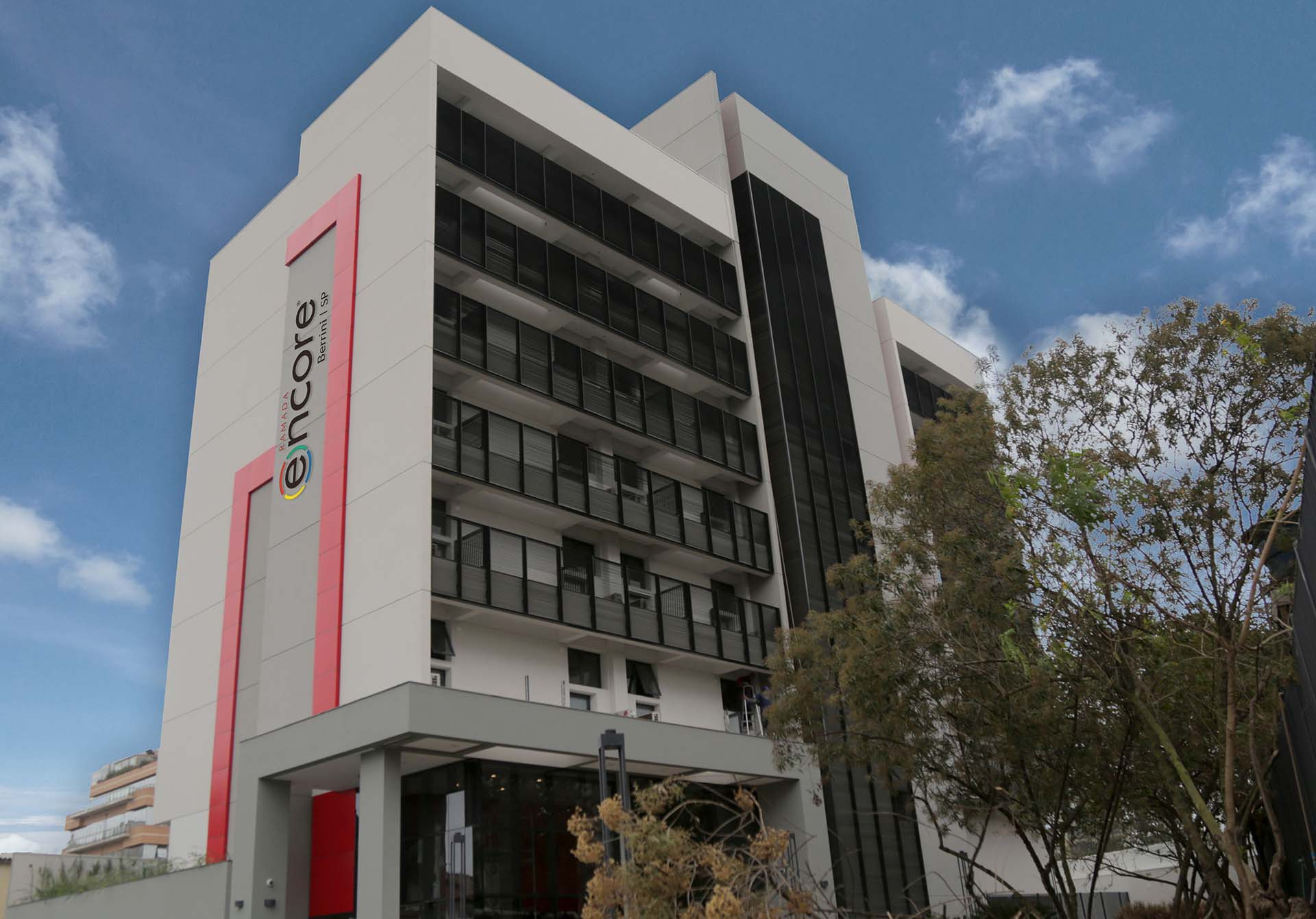 Fachada do Ramada Encore, novo empreendimento da Vert Hotéis em São Paulo