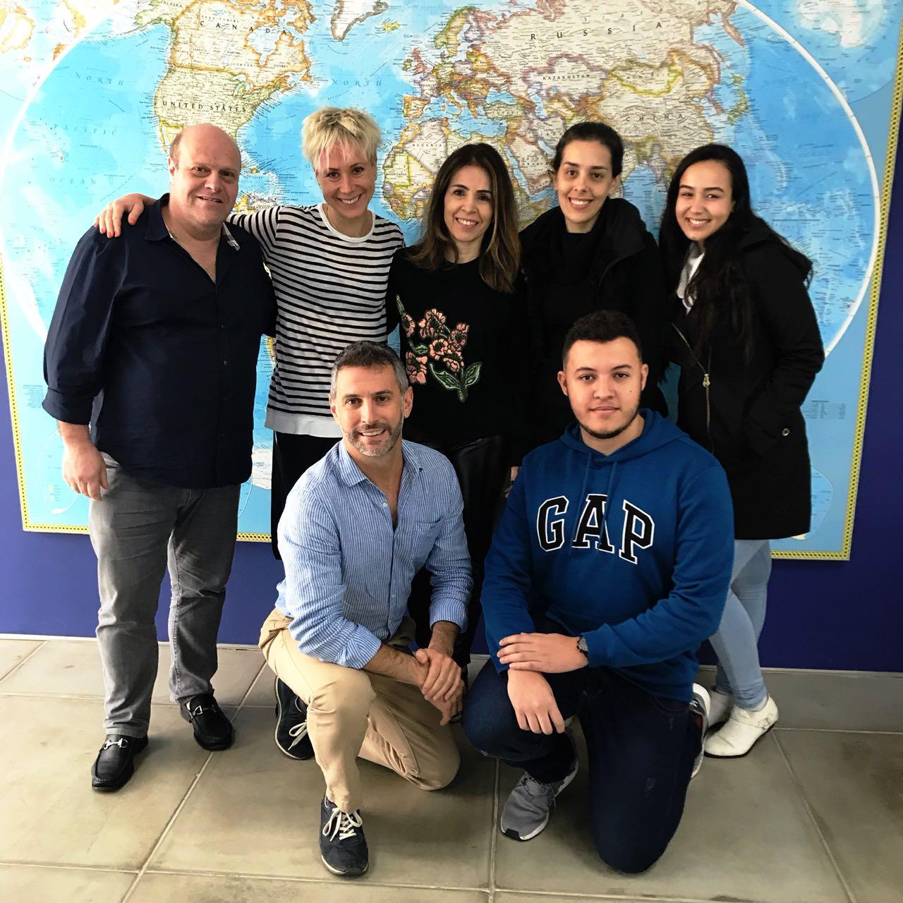 Natalya e Cristian com Renato Pardini e a equipe da Estação de Turismo